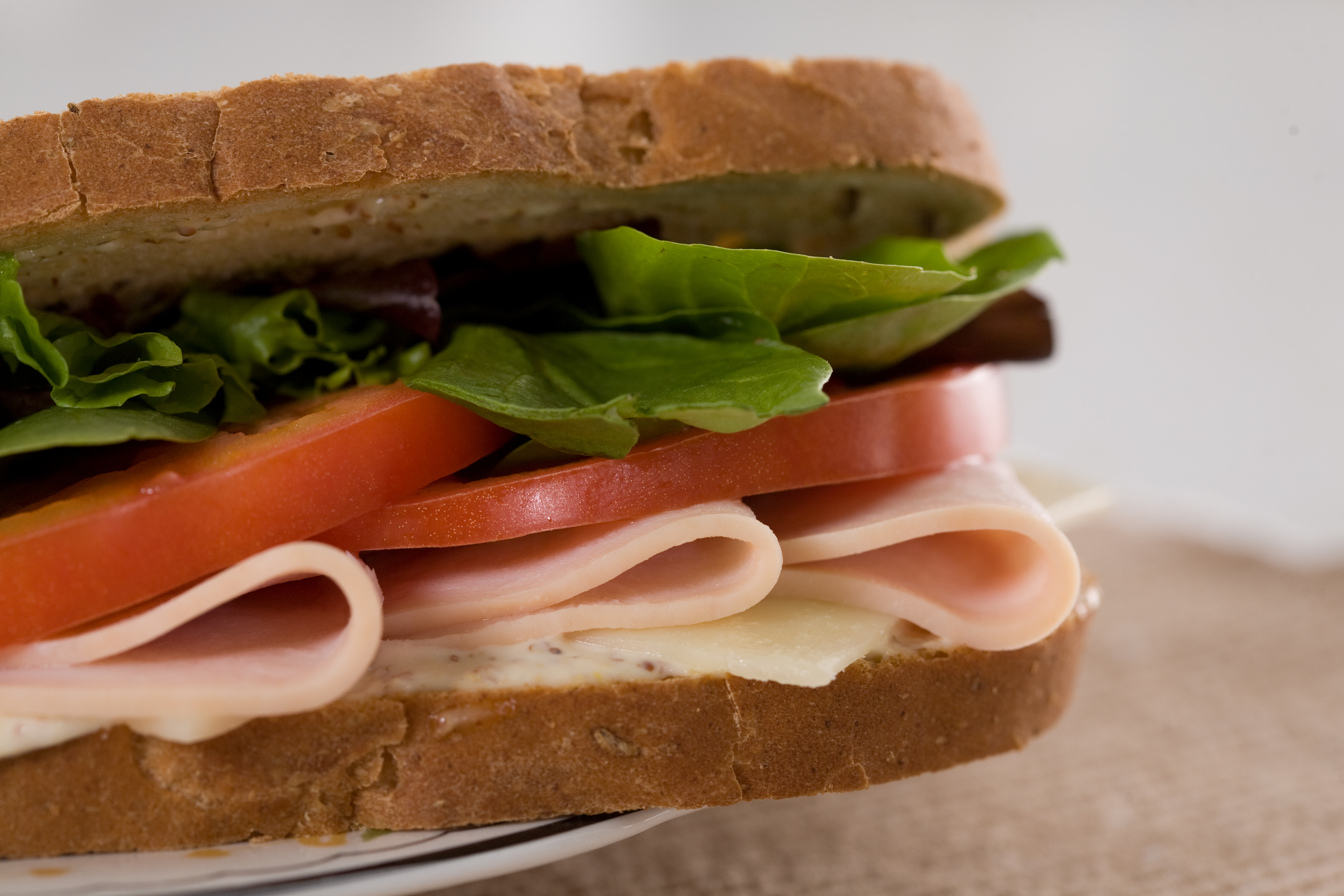 close-up sandwiches meat bread HD Wallpaper
