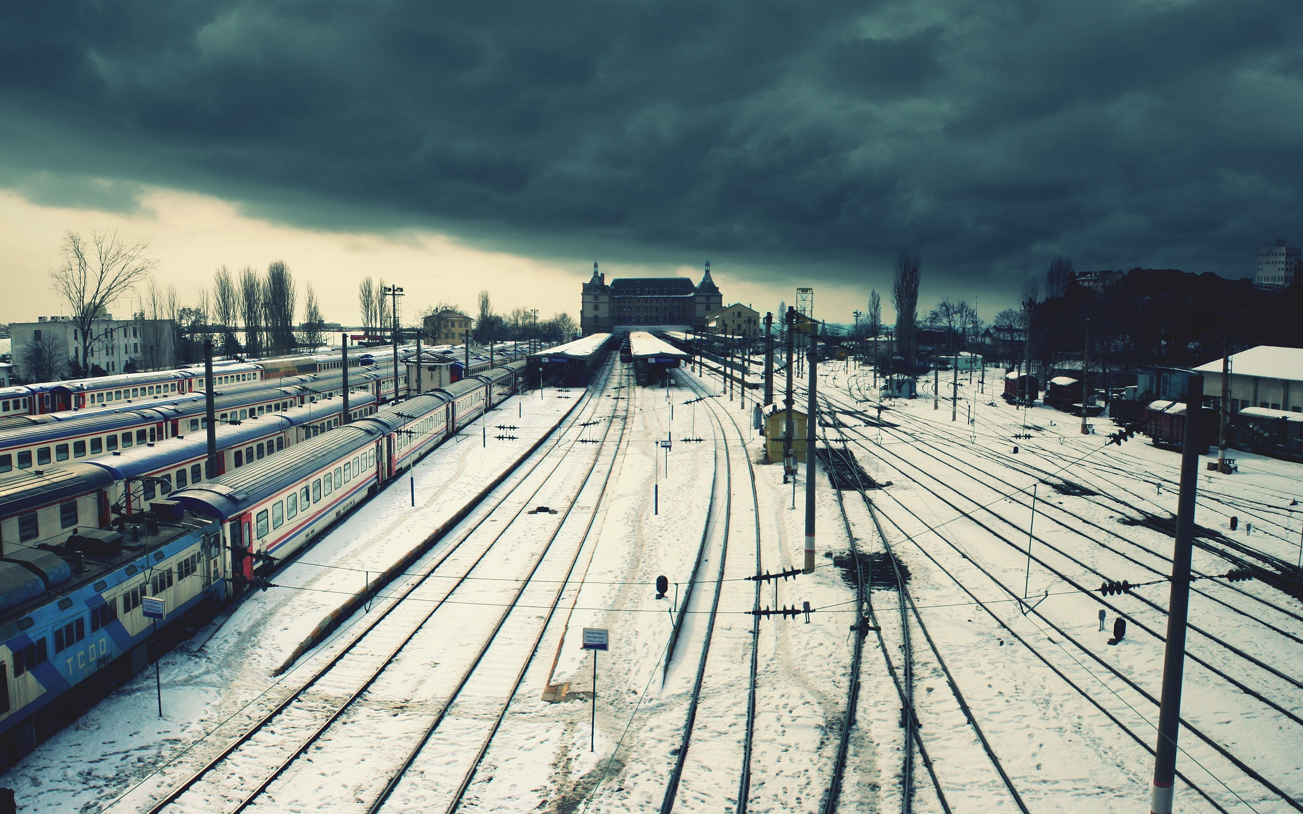 clouds snow trains Istanbul HD Wallpaper