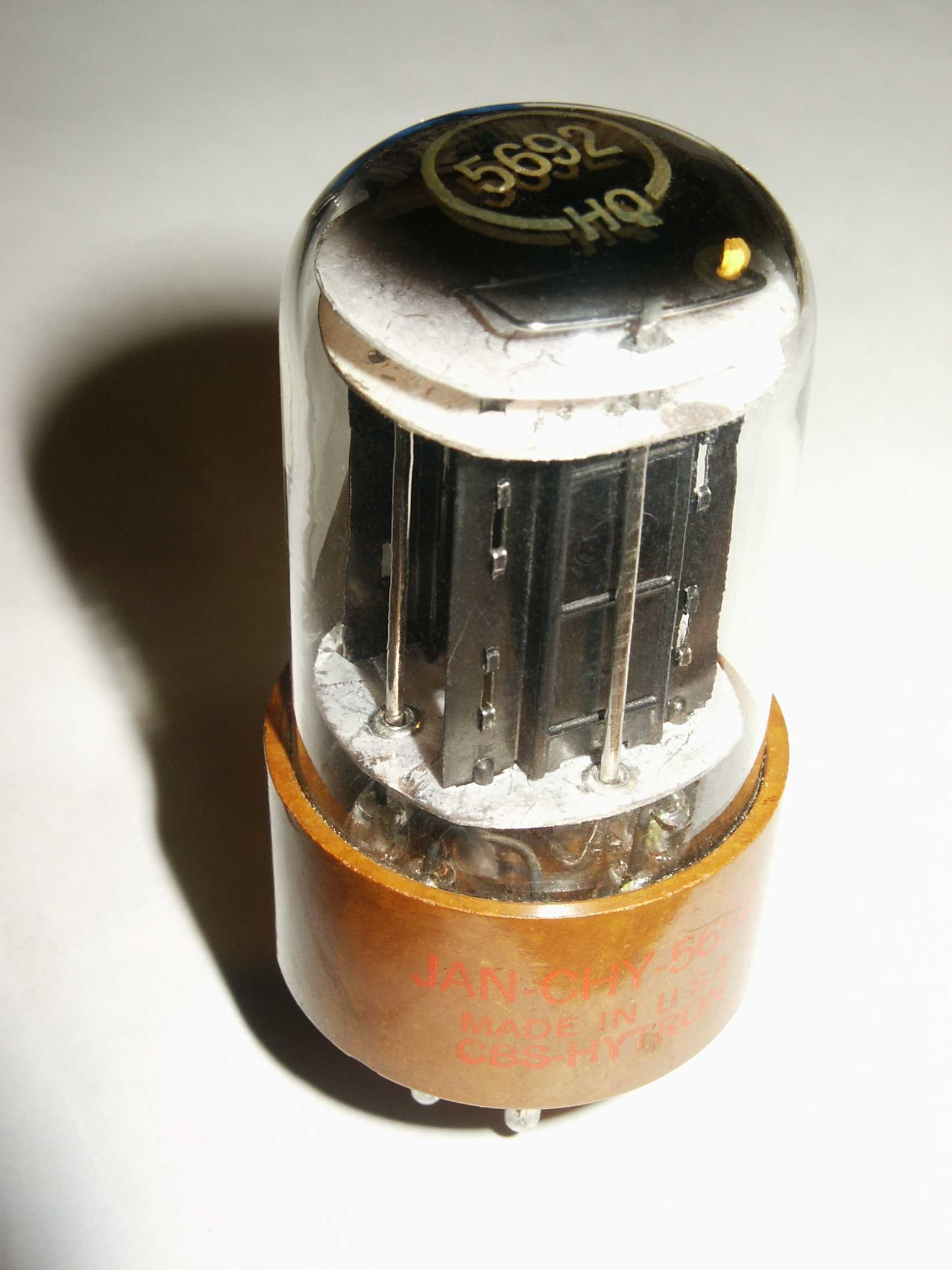 computer vacuum tube high HD Wallpaper