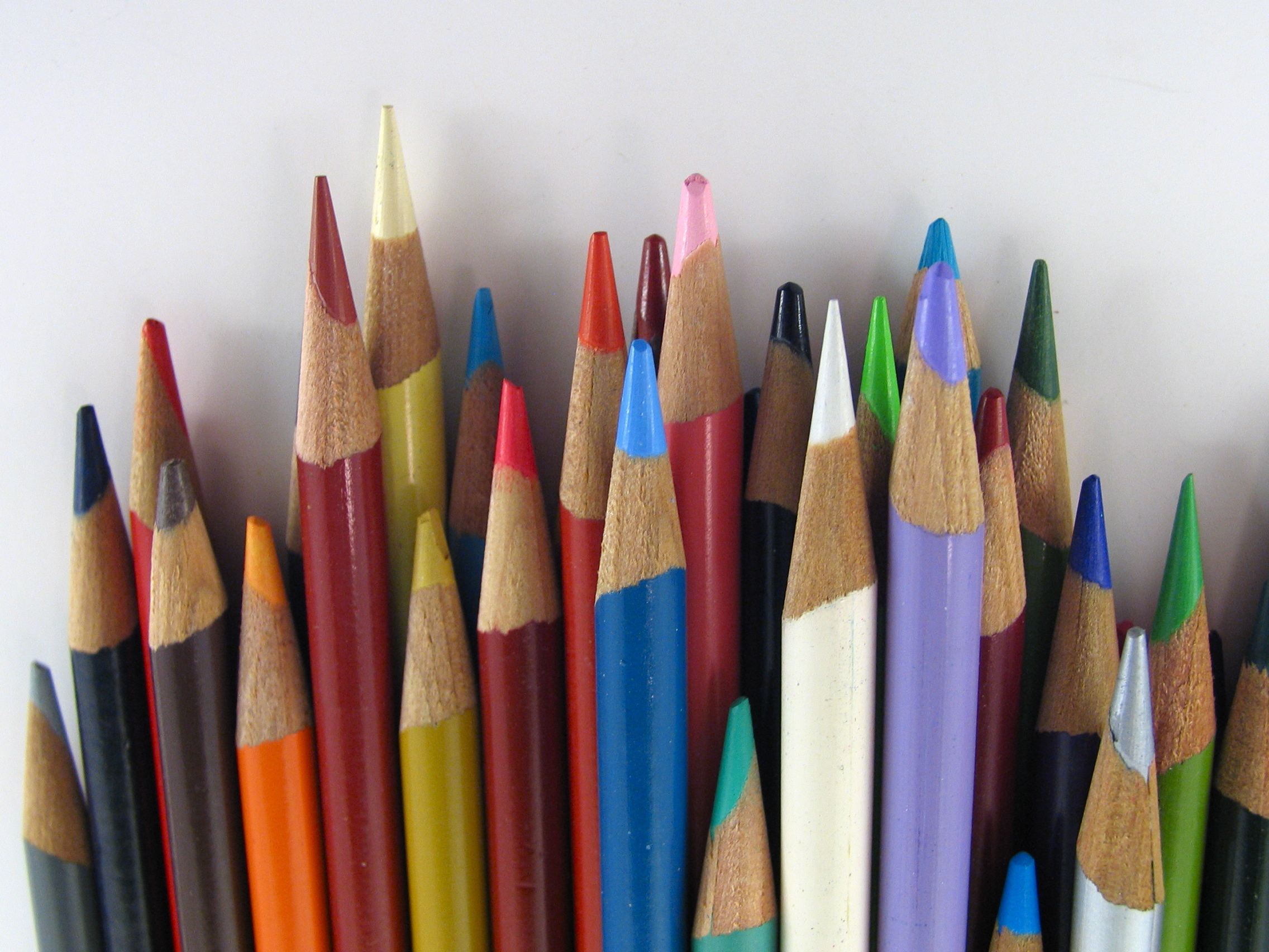 crayon Pencils pencil HD Wallpaper