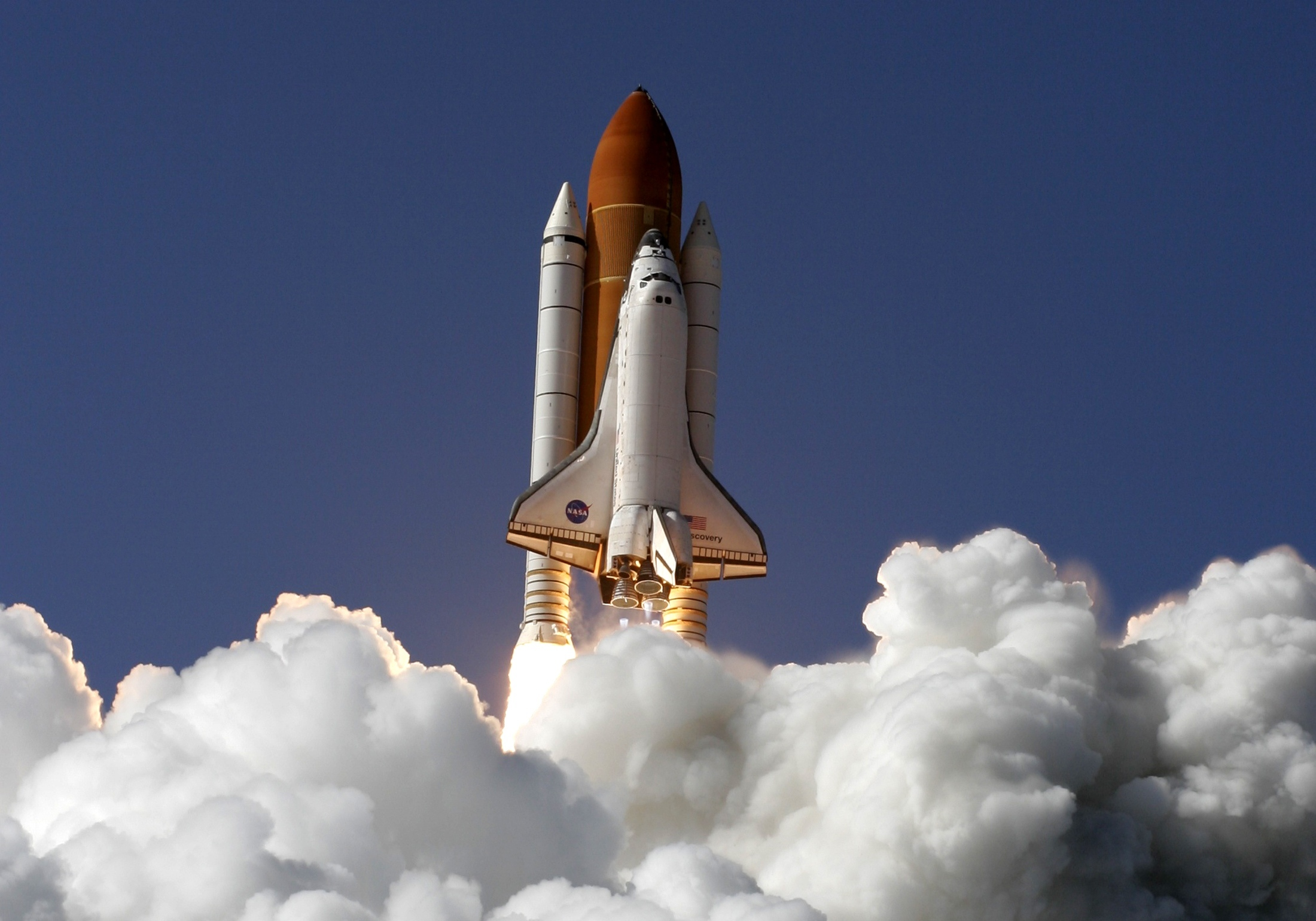 Discovery launch shuttle HD Wallpaper