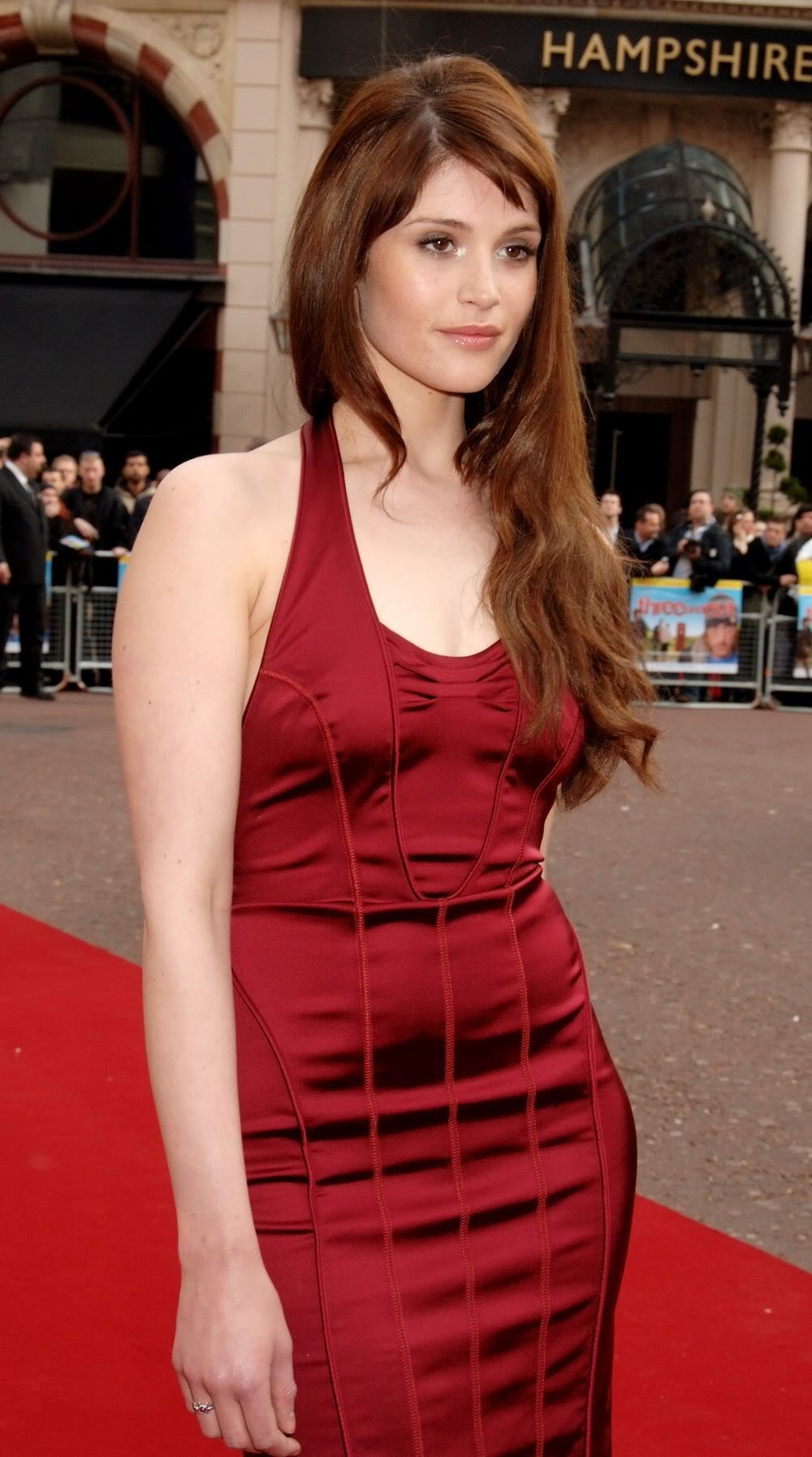 dress redheads gemma arterton