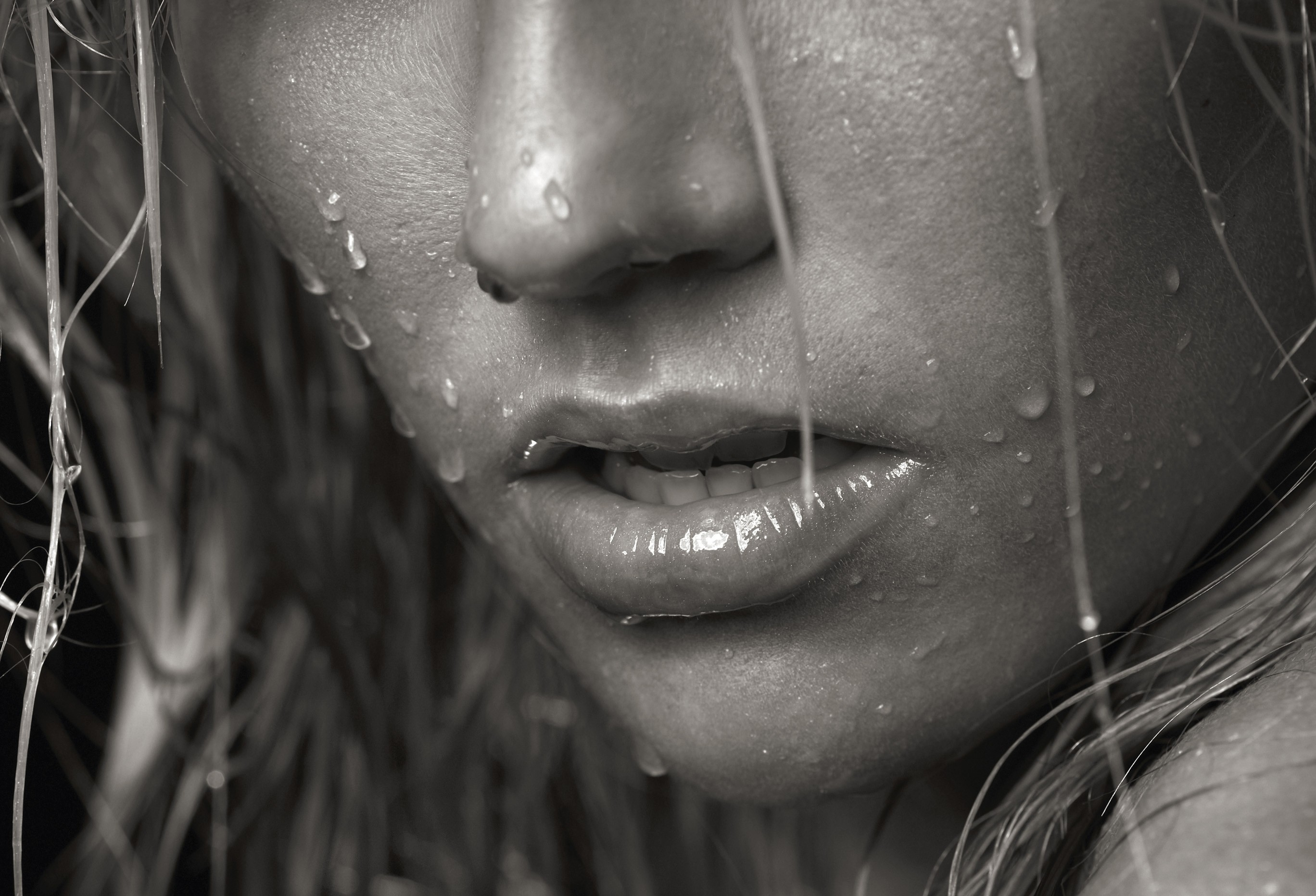dripping woman close-up rain HD Wallpaper