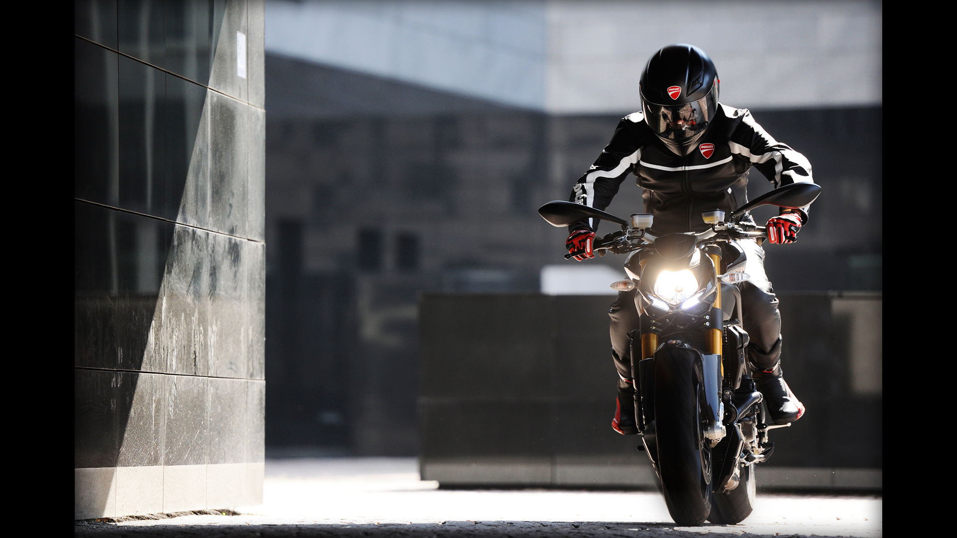 Ducati vehicles motorbikes streetfighter