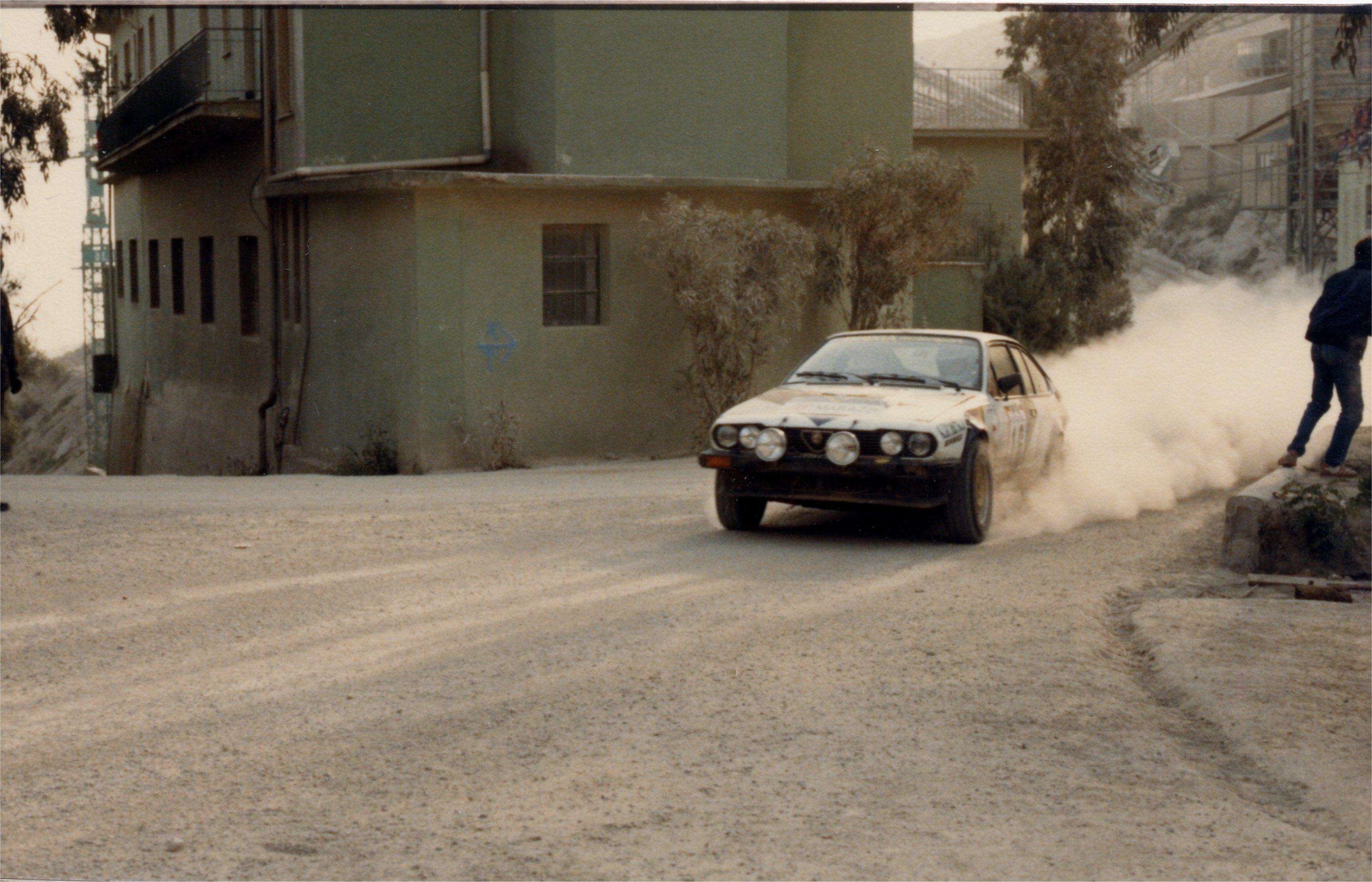 dust rally racing Alfa HD Wallpaper