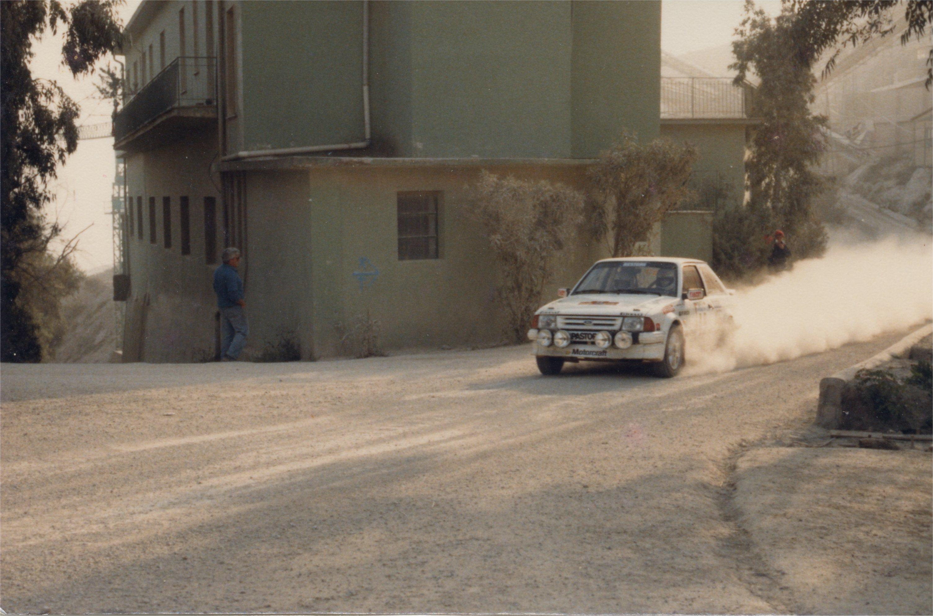 dust rally racing races HD Wallpaper