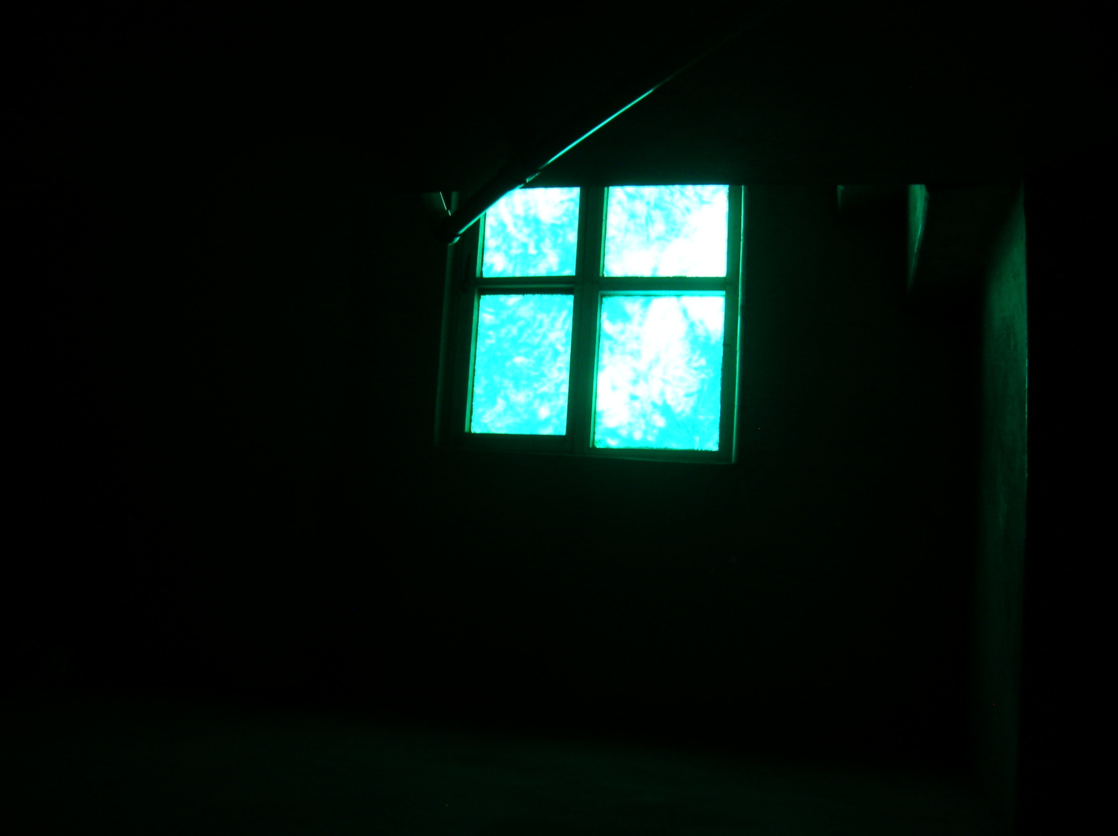 Eerie+wallpaper