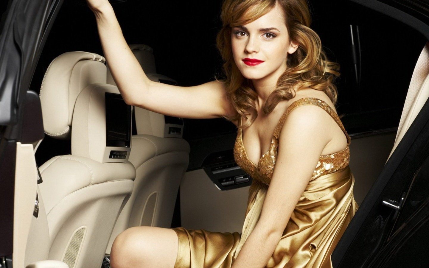 emma watson Actress HD Wallpaper