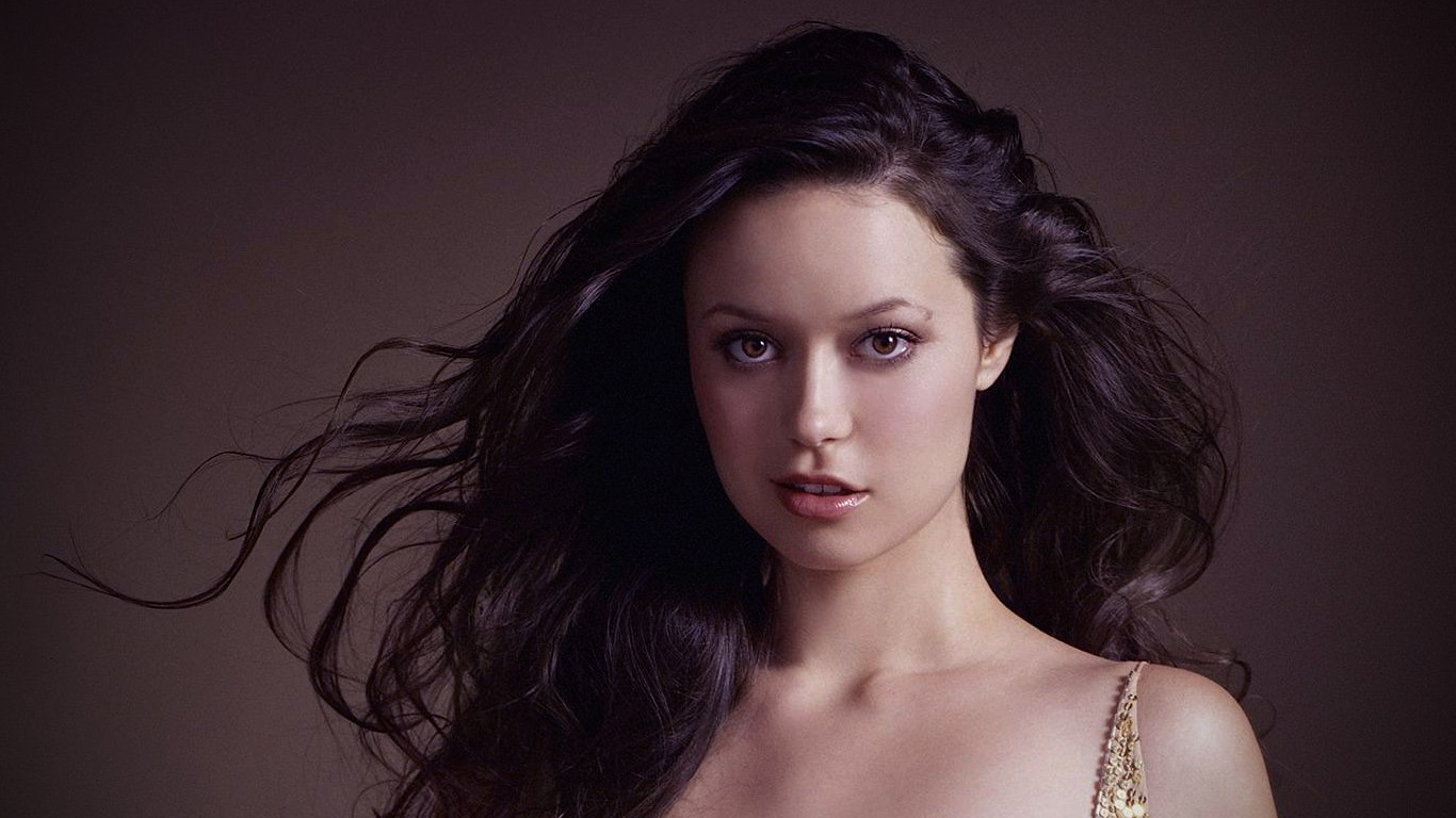 faces summer glau Actress HD Wallpaper