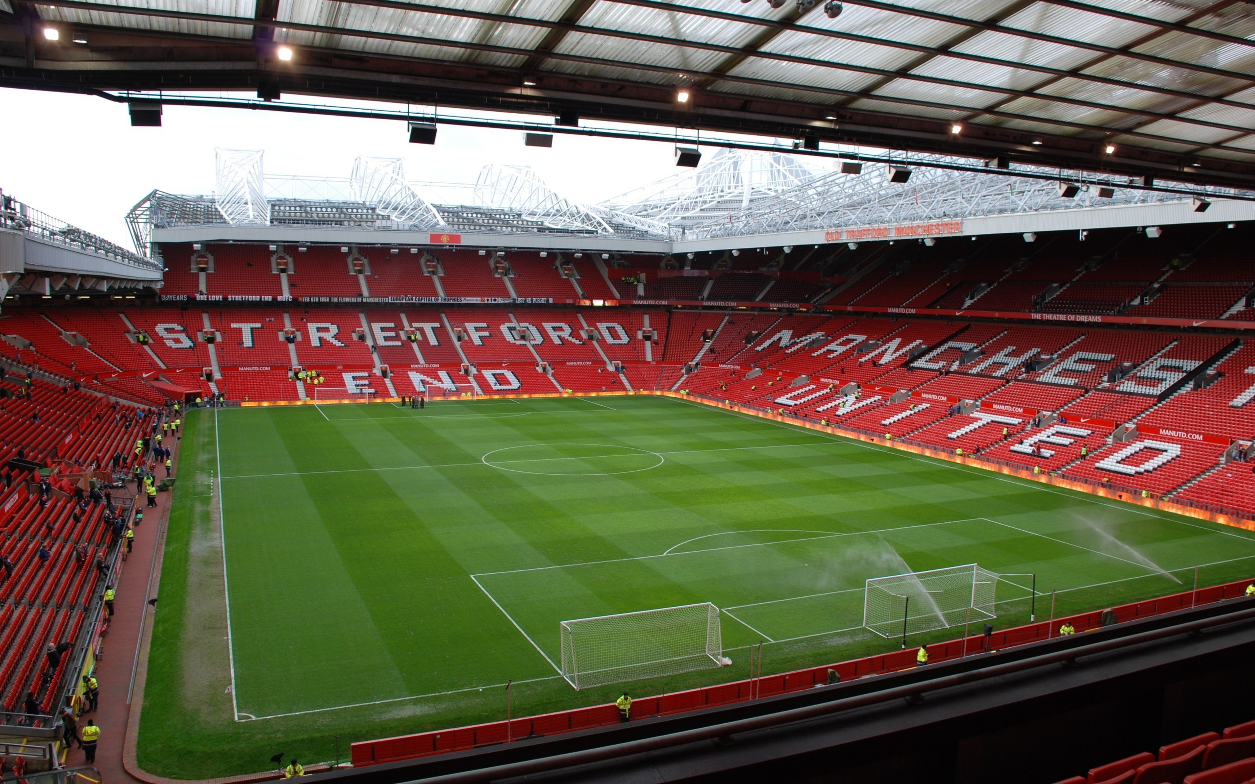 fields stadium Manchester United HD Wallpaper