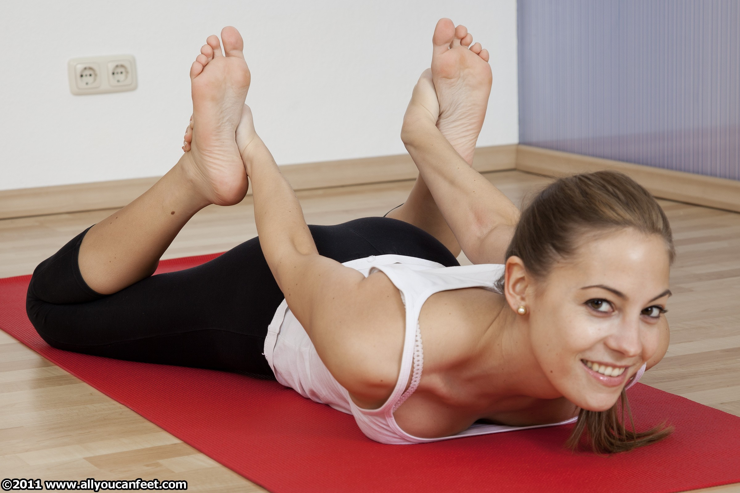 flexible woman smiling workout