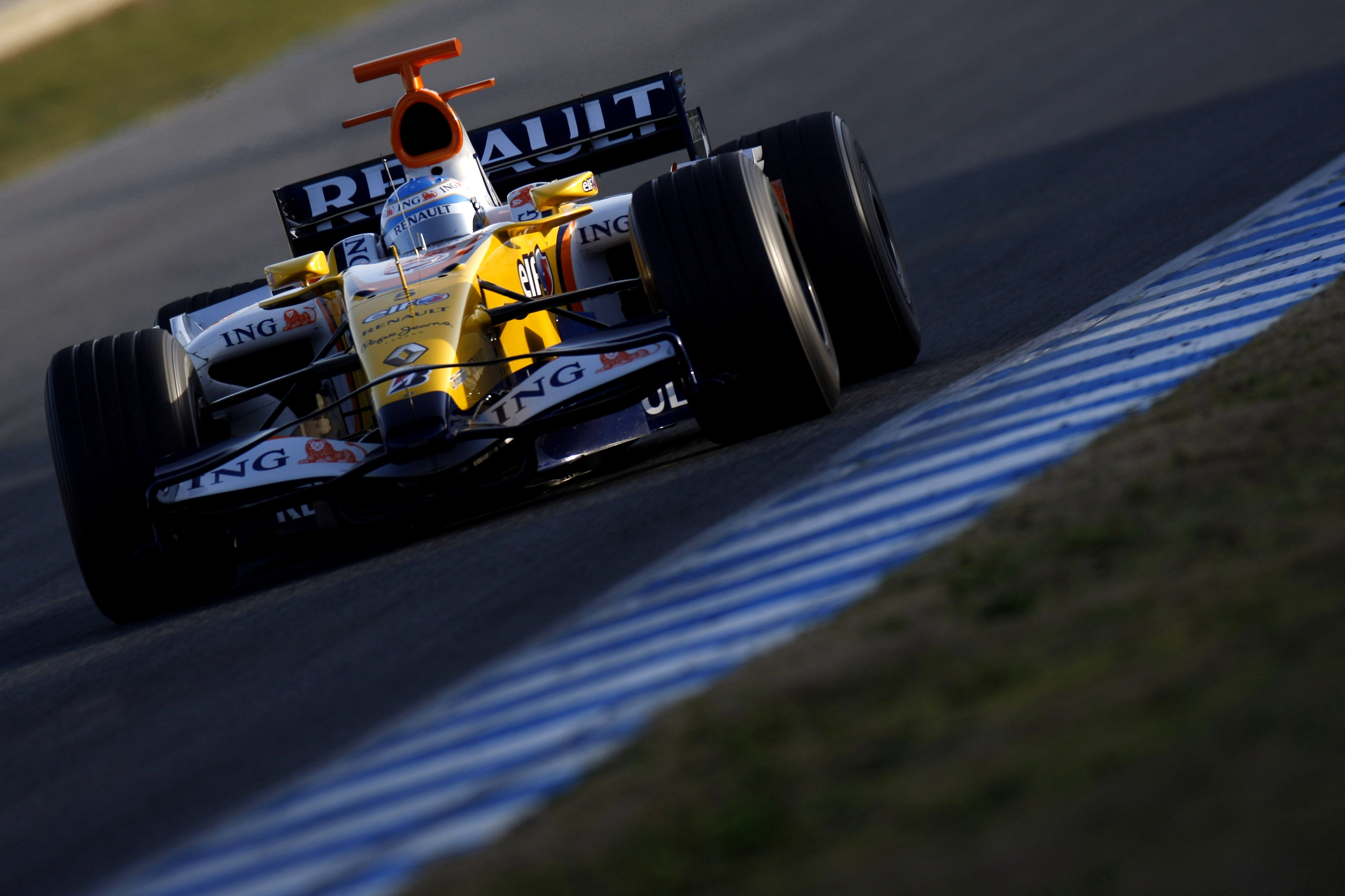 formula one alon Renault HD Wallpaper