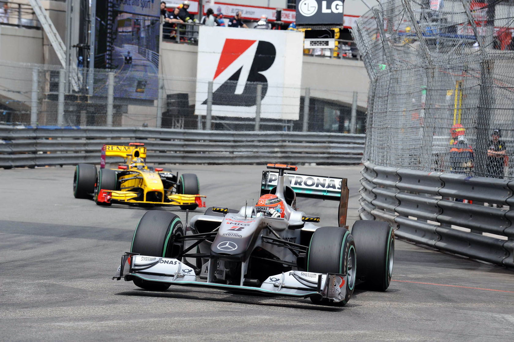 formula one Renault Mercedes-Benz HD Wallpaper