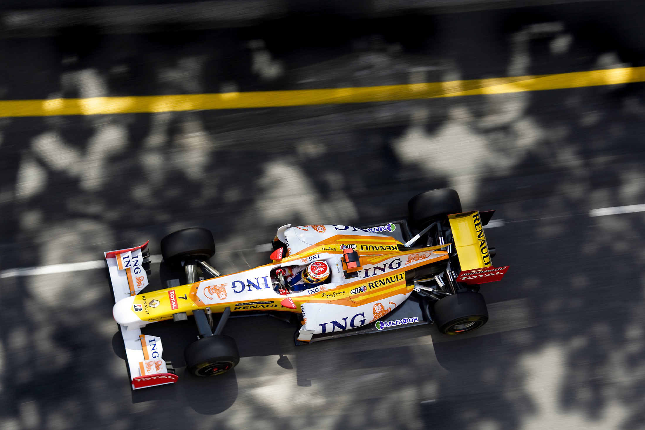 formula one Renault racing HD Wallpaper