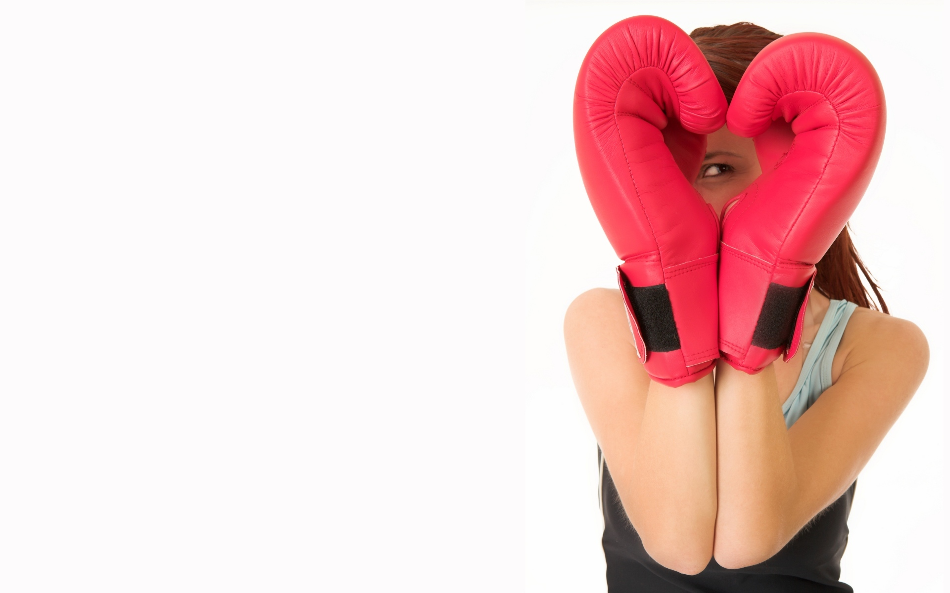 girl boxing heart HD Wallpaper