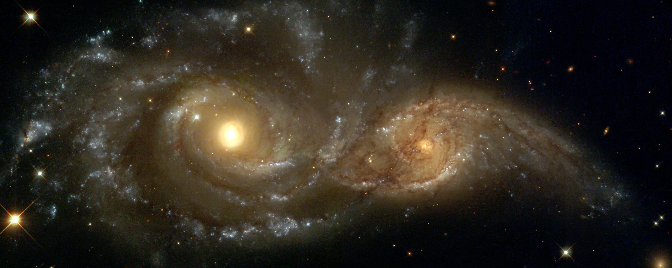 grazing galaxies dancing galaxys HD Wallpaper