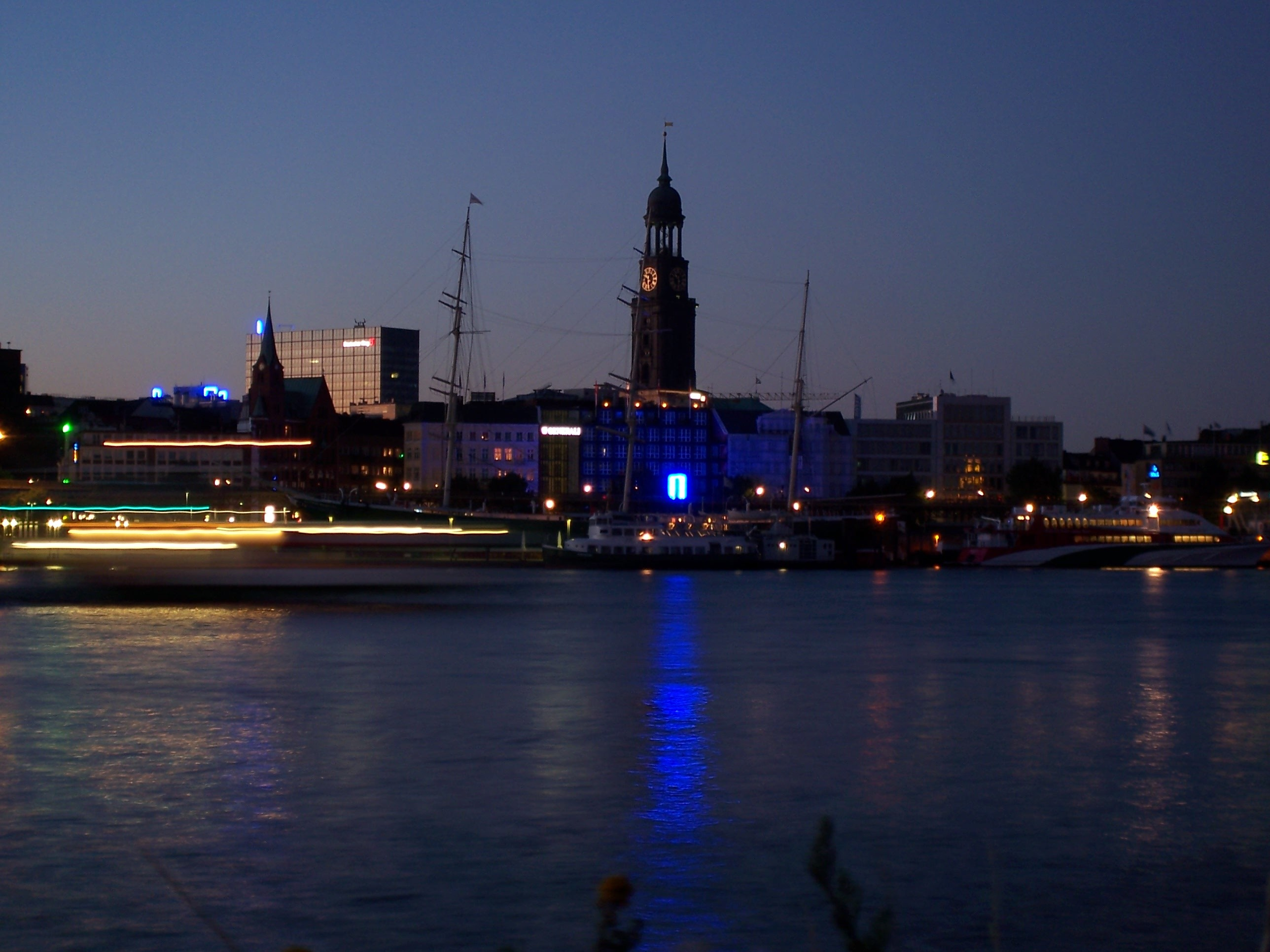 hamburg port high City HD Wallpaper