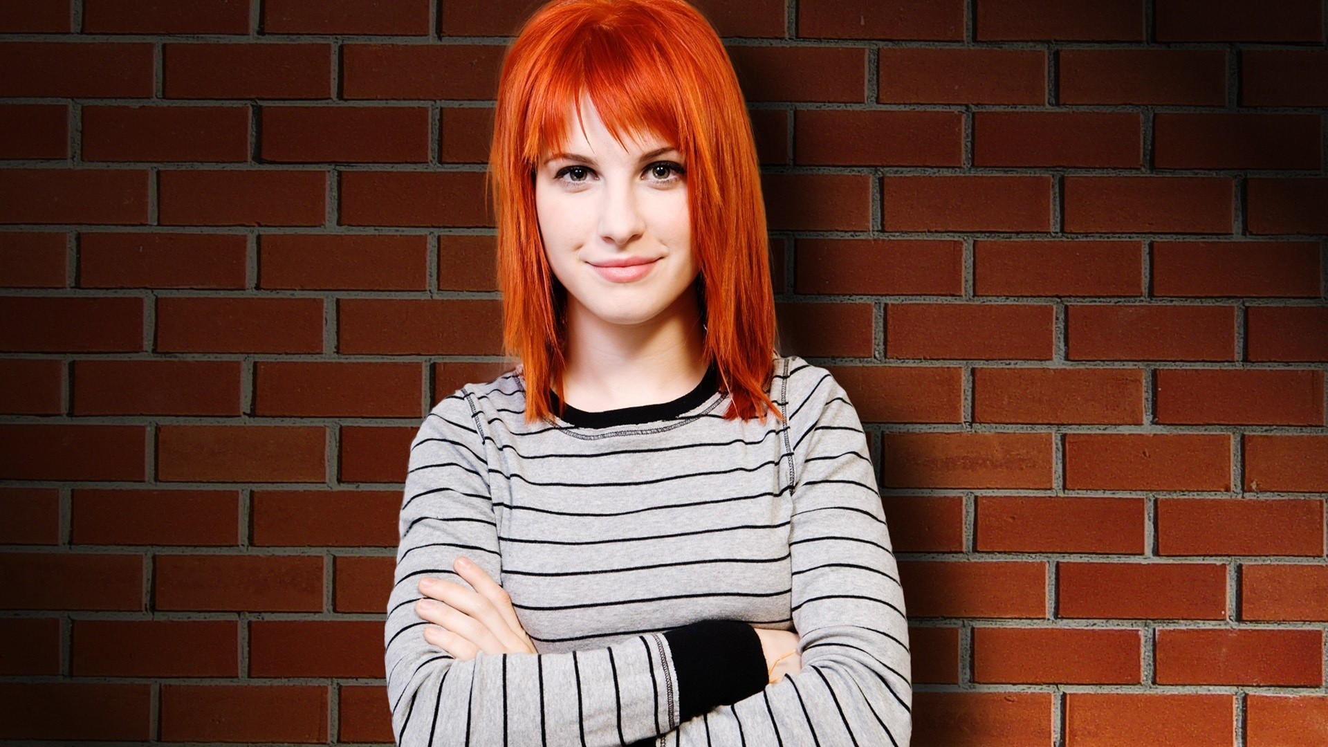 hayley williams paramore woman HD Wallpaper