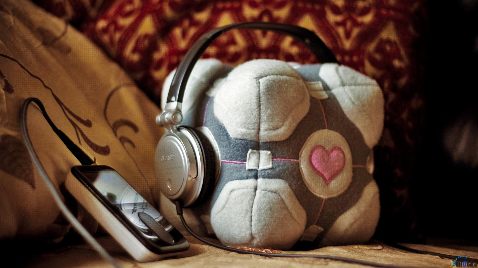 headphones Portal Companion Cube HD Wallpaper
