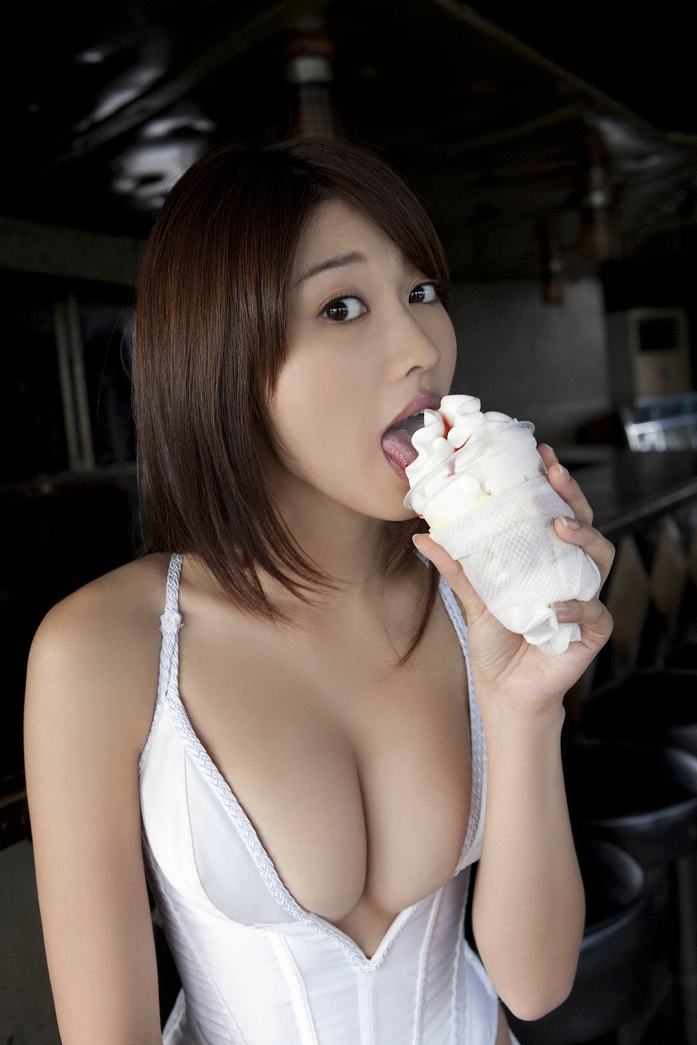 ice cream cleavage asians HD Wallpaper