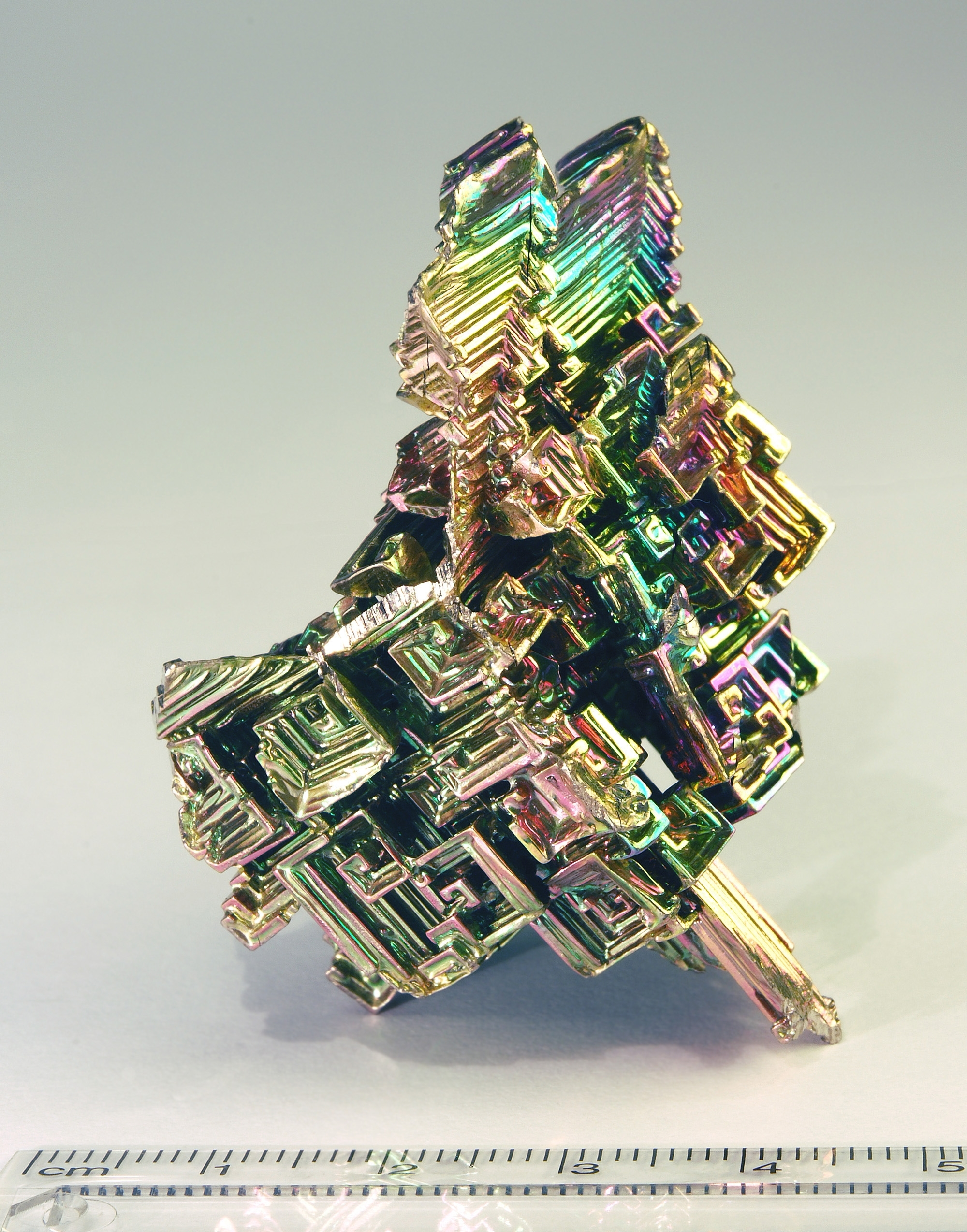 iridescence bismuth HD Wallpaper