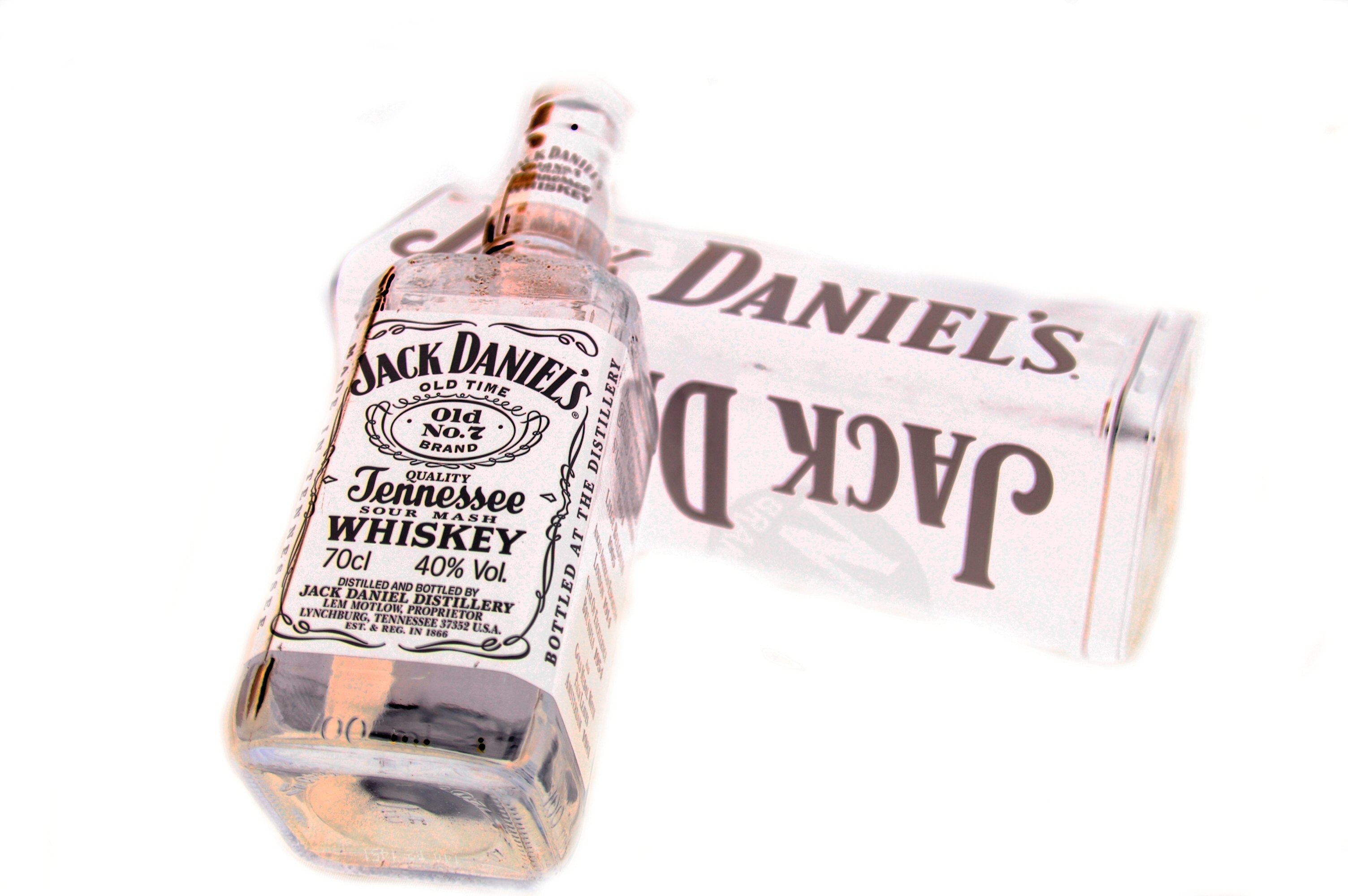 Jack daniels whisky white HD Wallpaper
