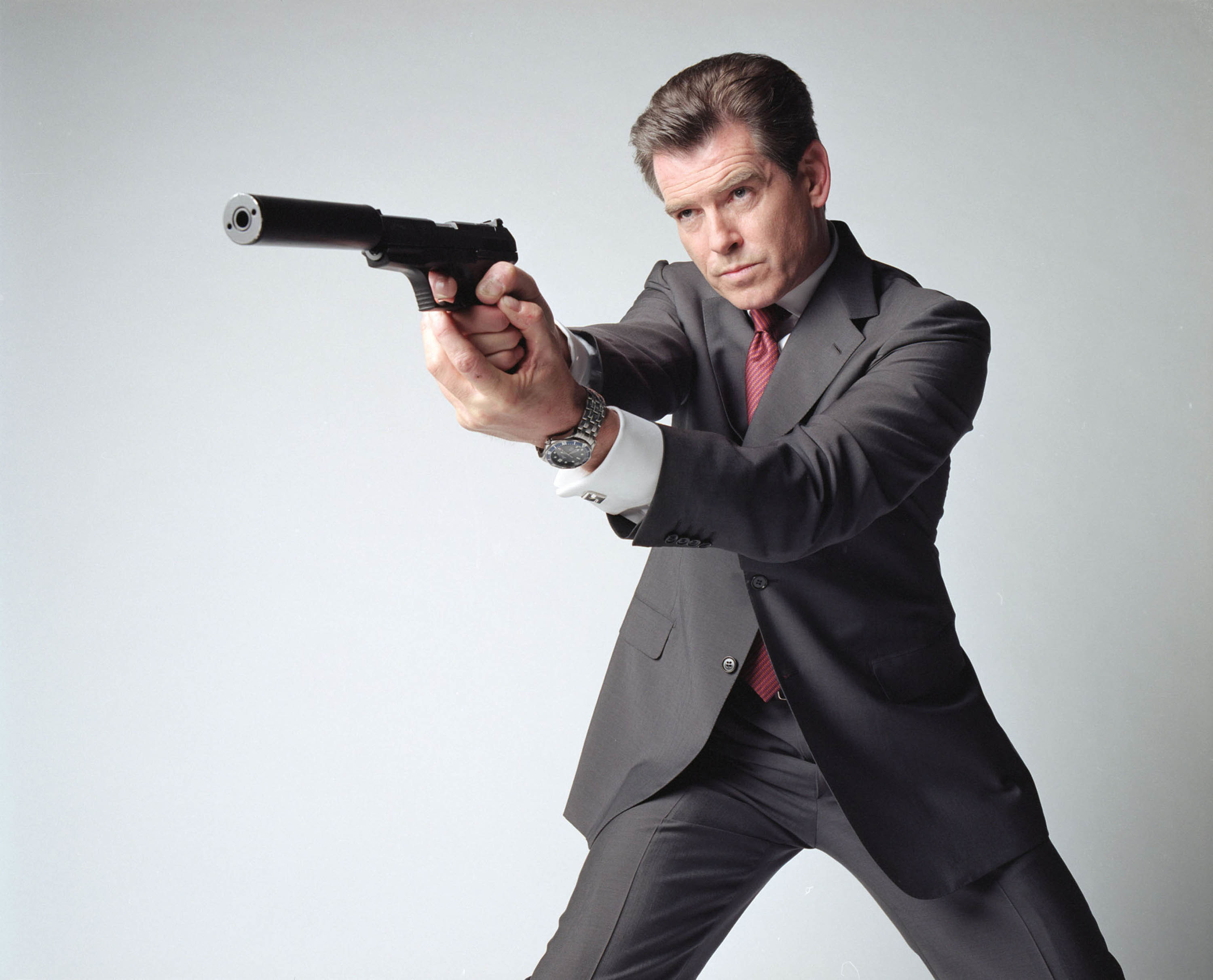 James bond pierce brosnan HD Wallpaper
