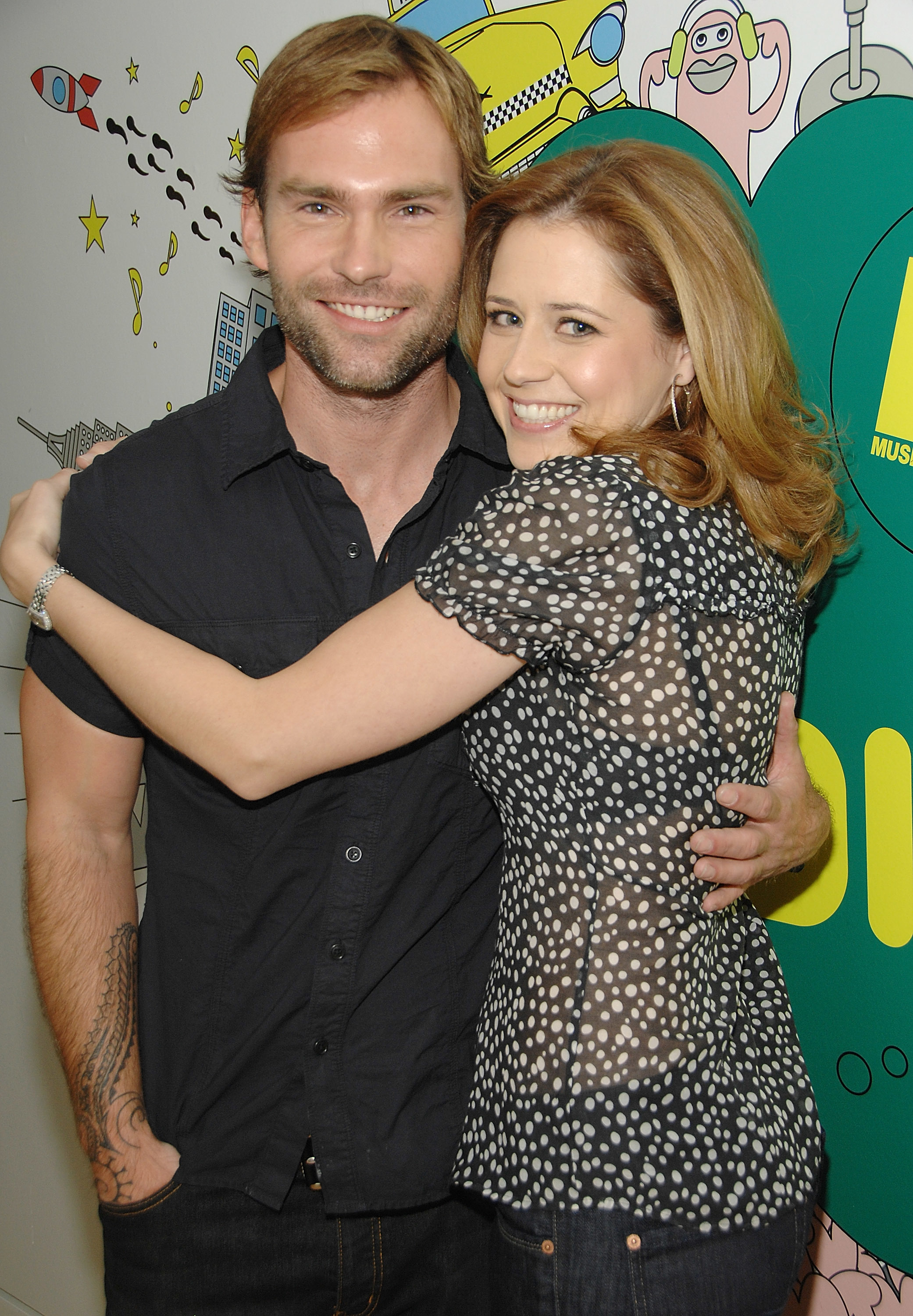 jenna fischer seann william HD Wallpaper