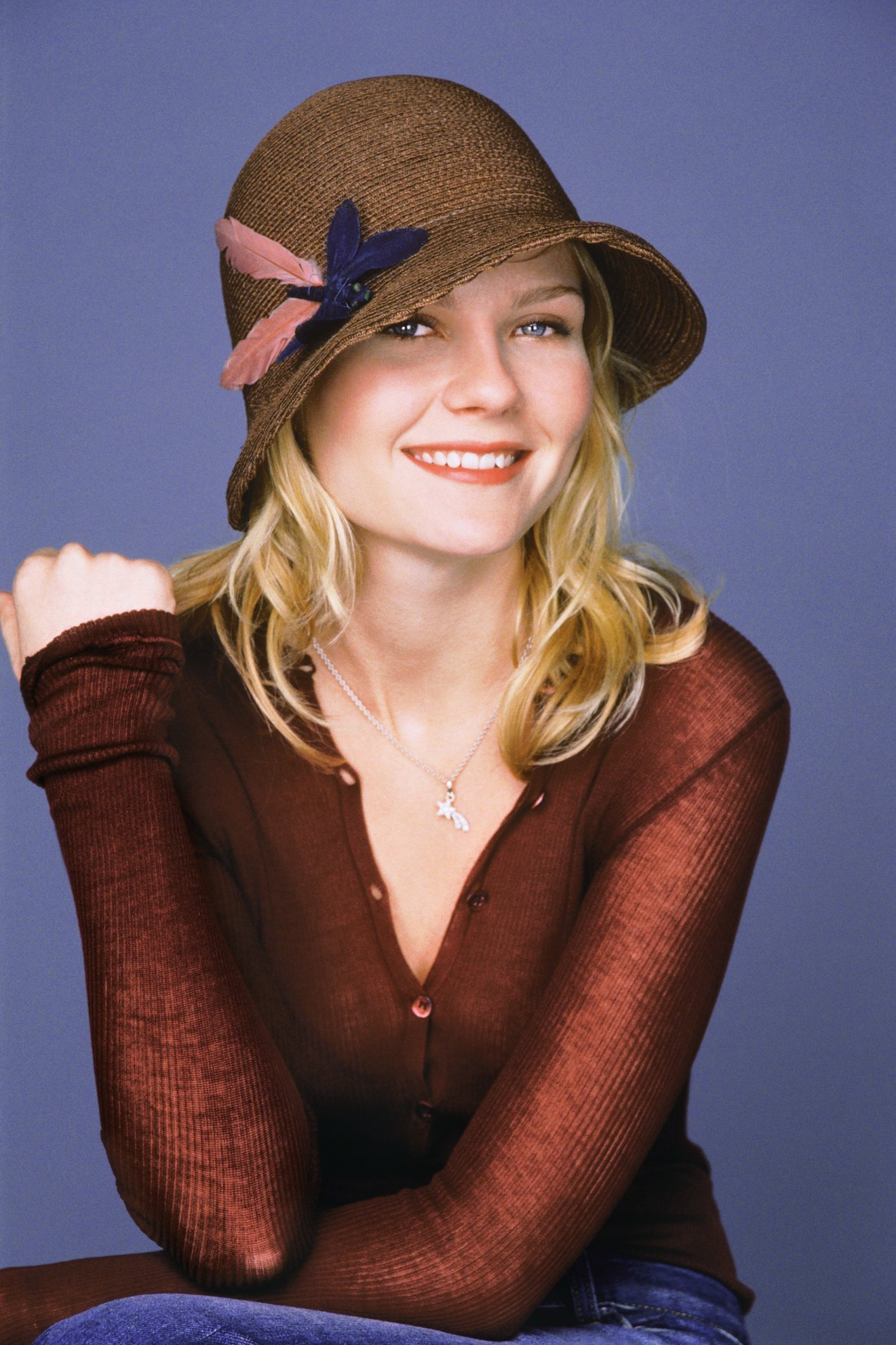 kirsten dunst Celebrity HD Wallpaper