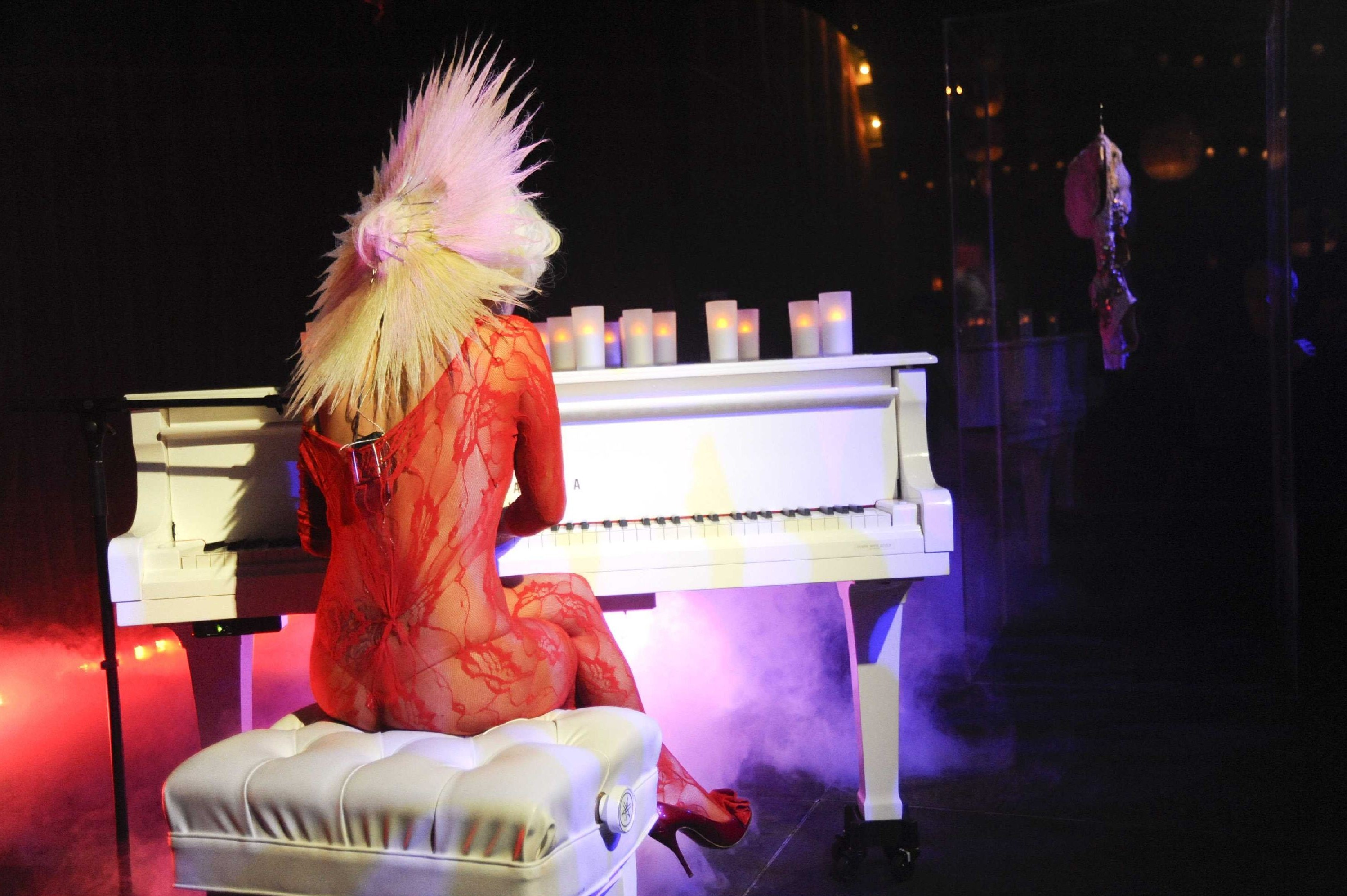 lady gaga gaga piano HD Wallpaper