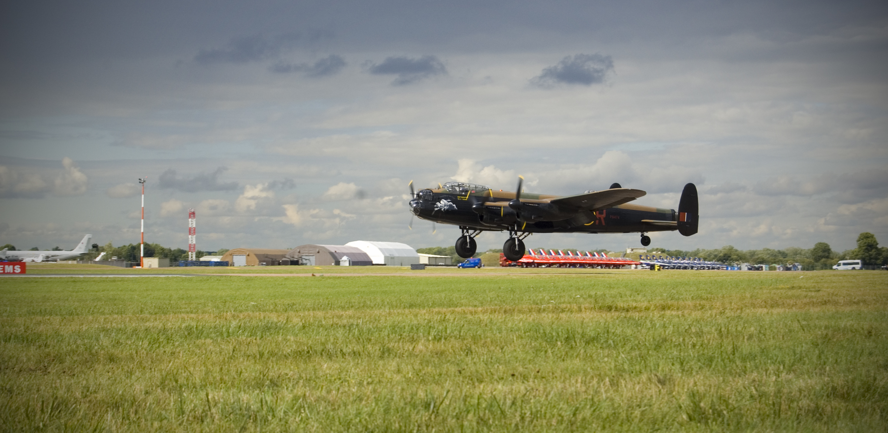 Lancaster bomber high Aircraft HD Wallpaper