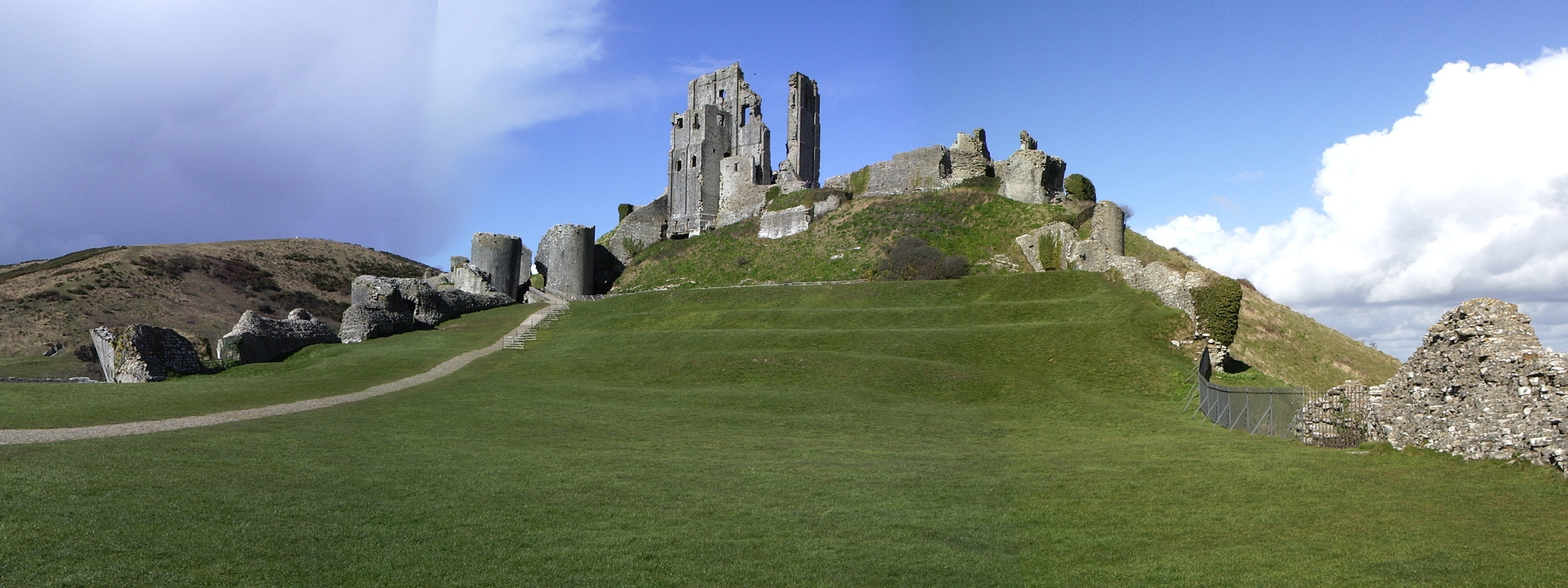 Landscapes ruins England multiscreen HD Wallpaper