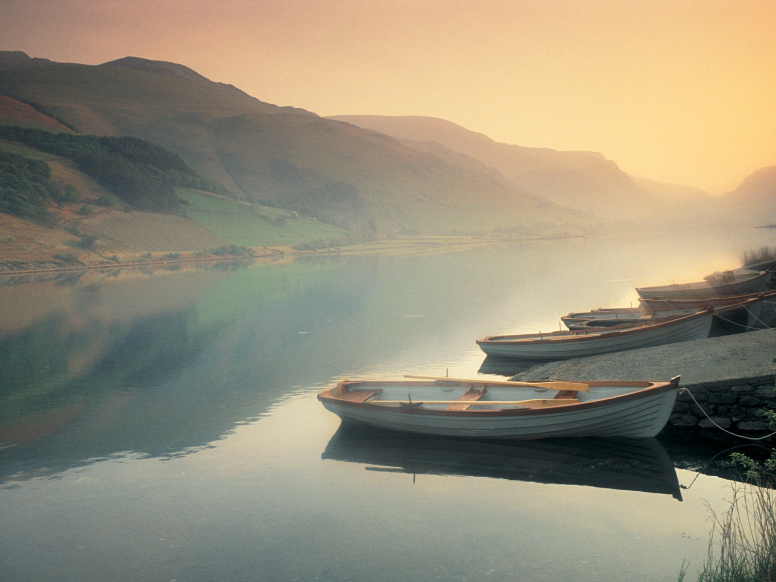 Landscapes ships lakes HD Wallpaper
