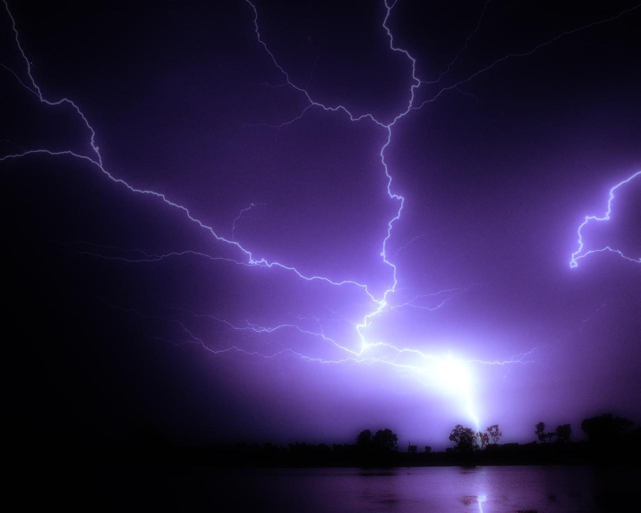 Lightning Wallpaper on Lightning Bolts Hd Wallpaper   General   577419