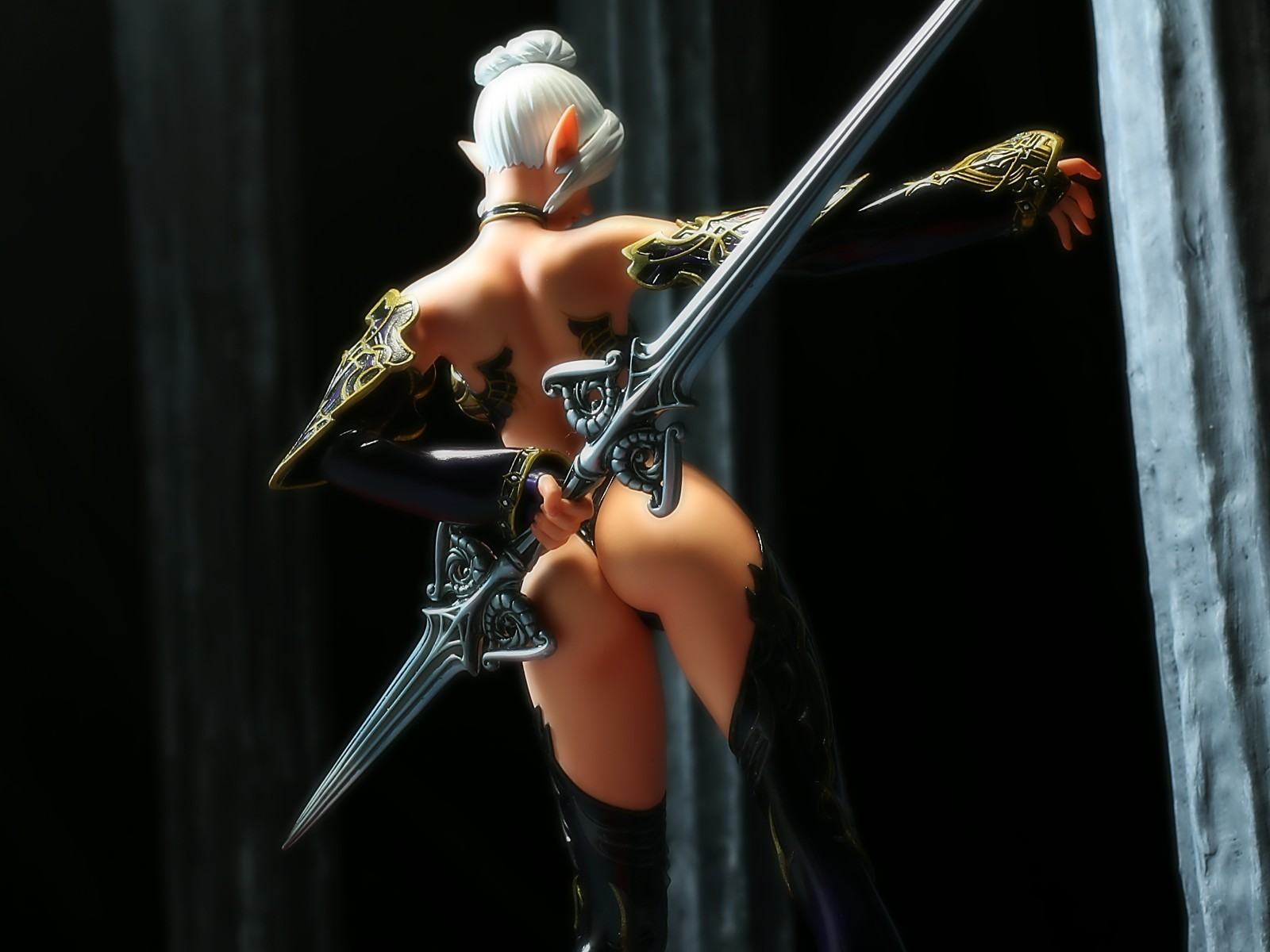 lineage 2 figurines HD Wallpaper