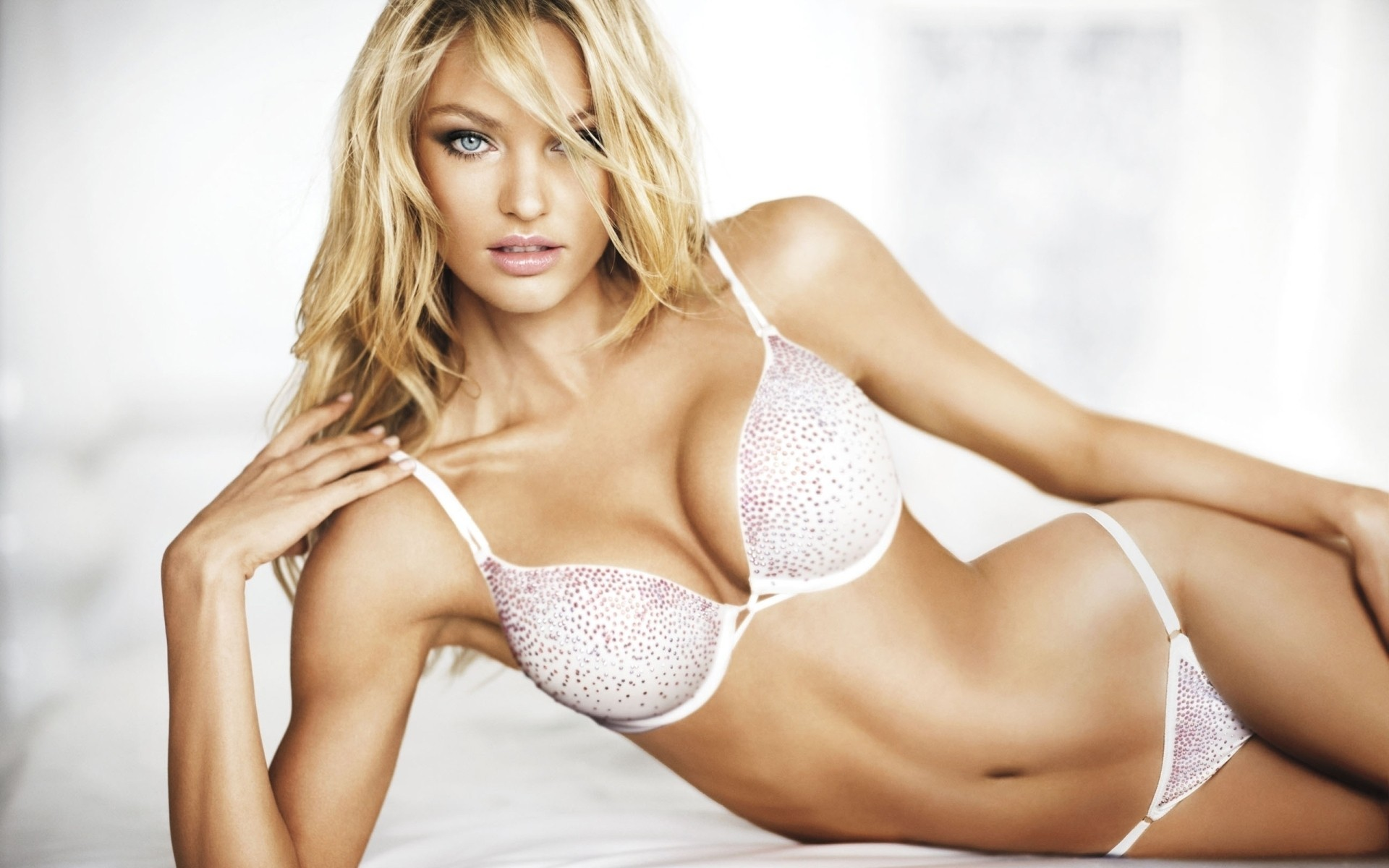 lingerie blondes woman candice HD Wallpaper