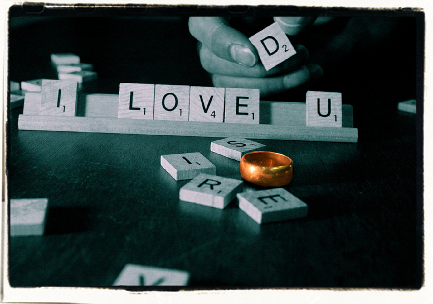 love letters scrabble HD Wallpaper