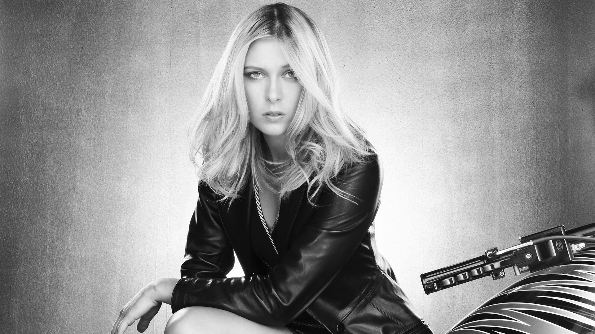 maria sharapova monochrome motorbikes HD Wallpaper