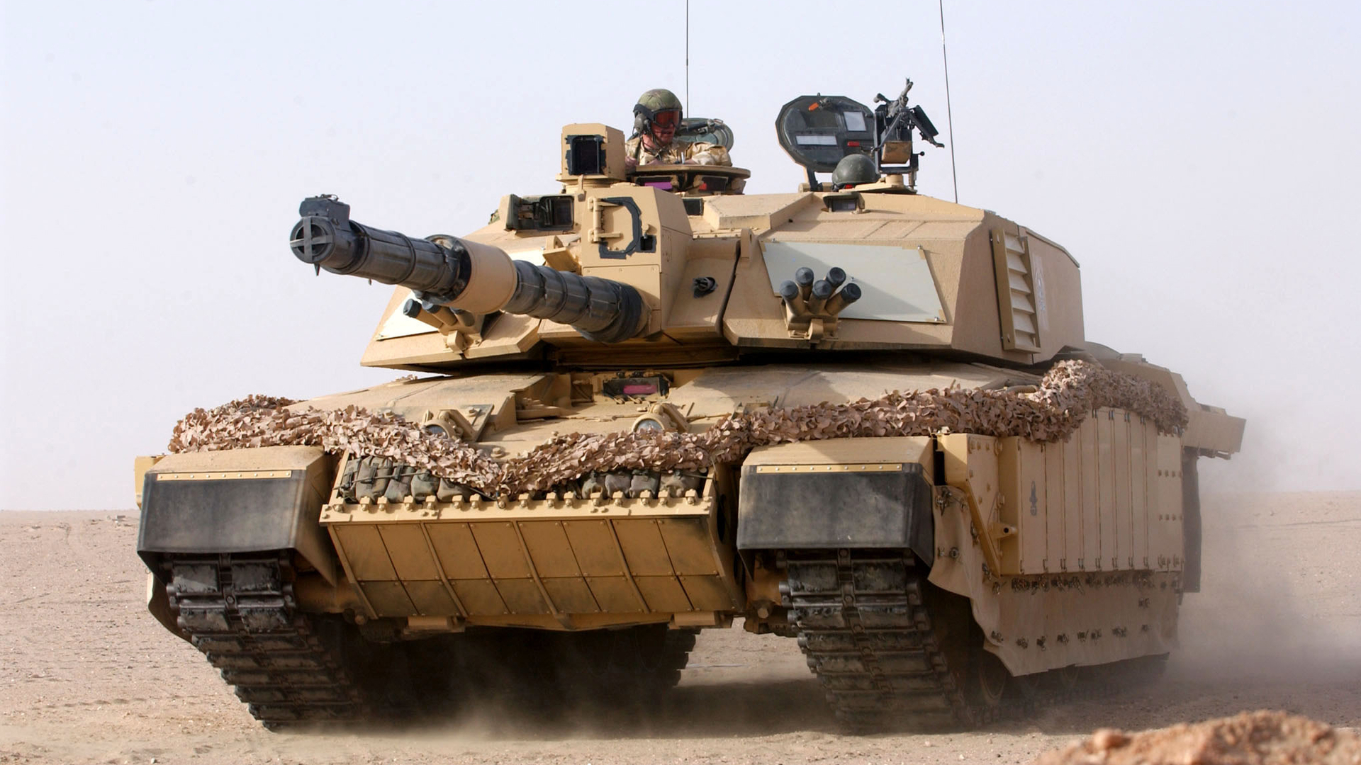 military deserts weapons tanks