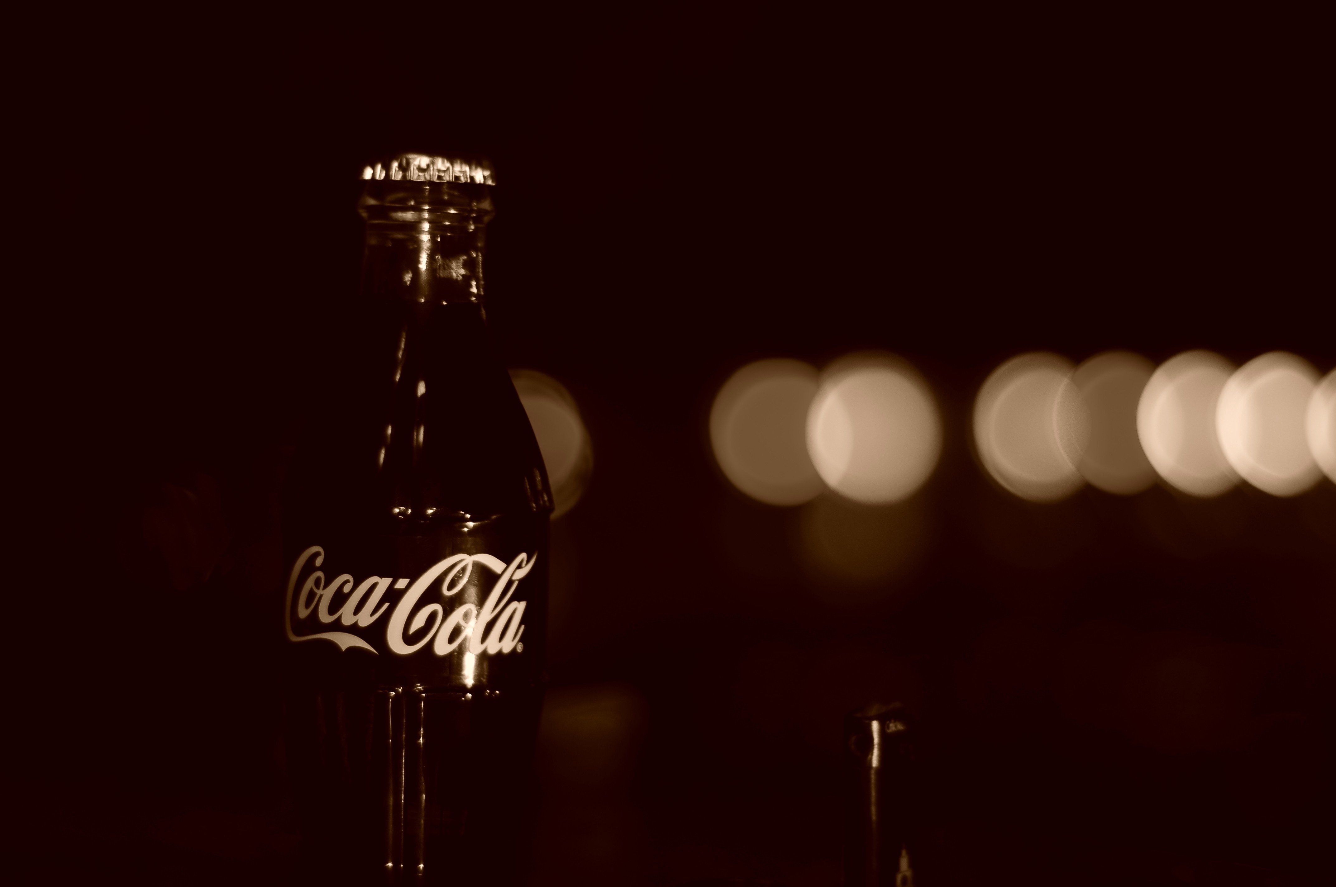 minimalistic artistic coca-cola depth HD Wallpaper
