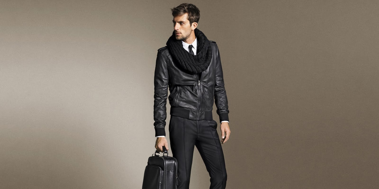 models_fashion_men_leather_jacket_simple