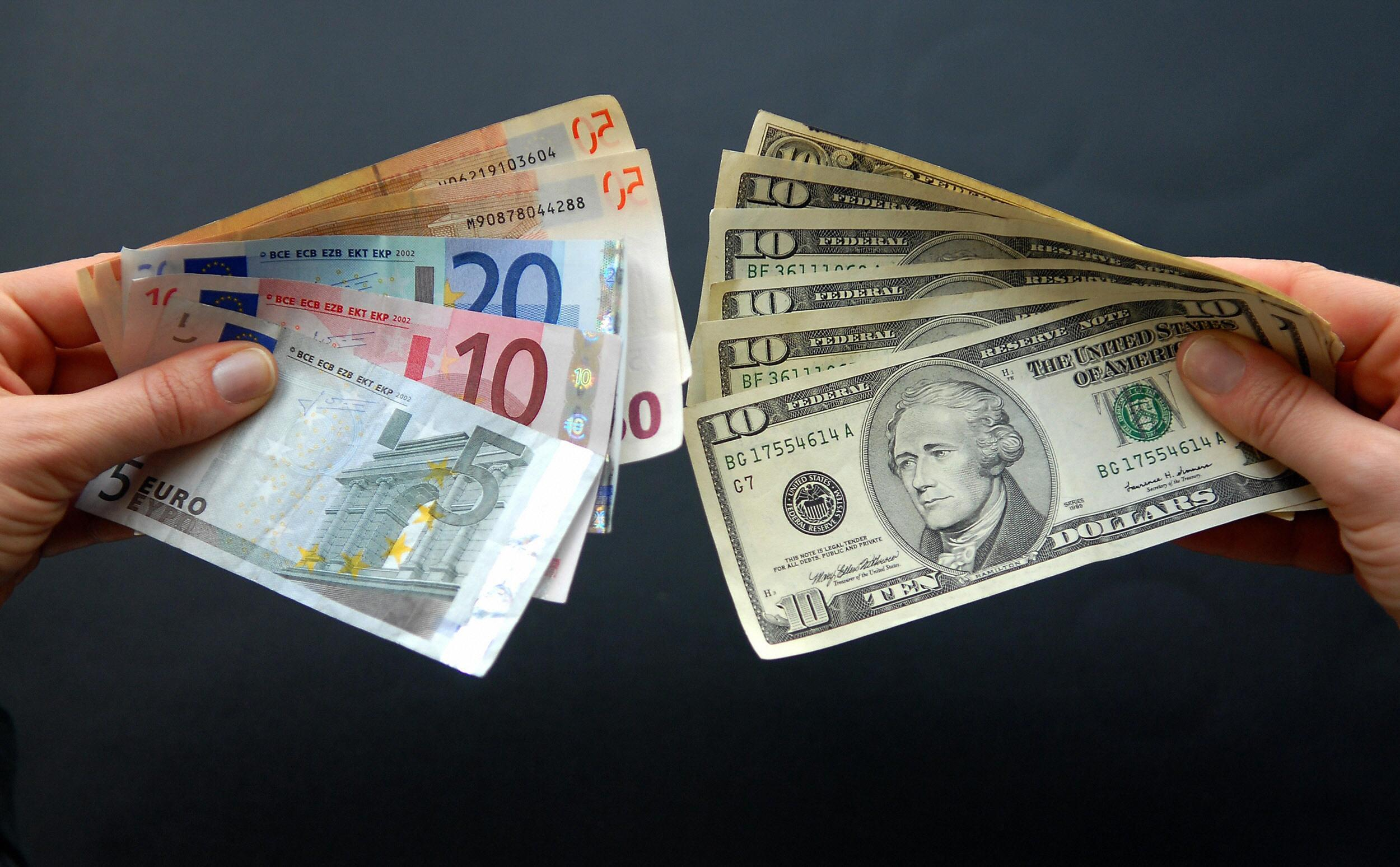 Money Euro Dollar banknotes HD Wallpaper