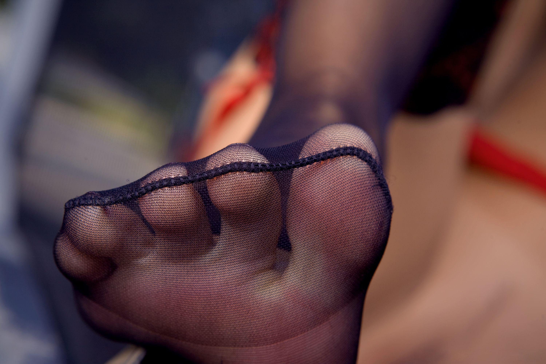 nylon feet in movies