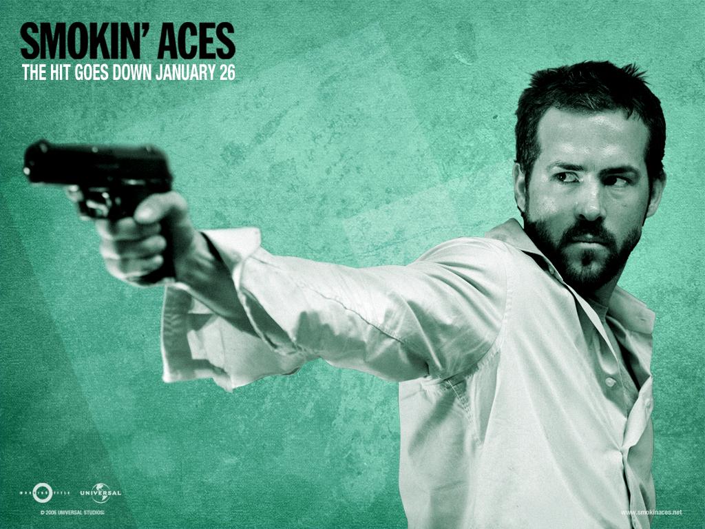 Ryan Reynolds Christmas Movie on Movies Smoking Aces Ryan Reynolds Hd Wallpaper   Movies   Tv   456885