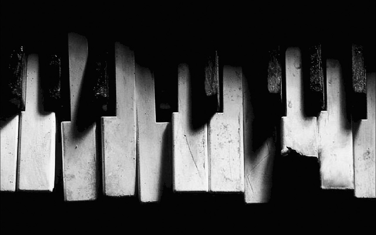 Music piano old grunge