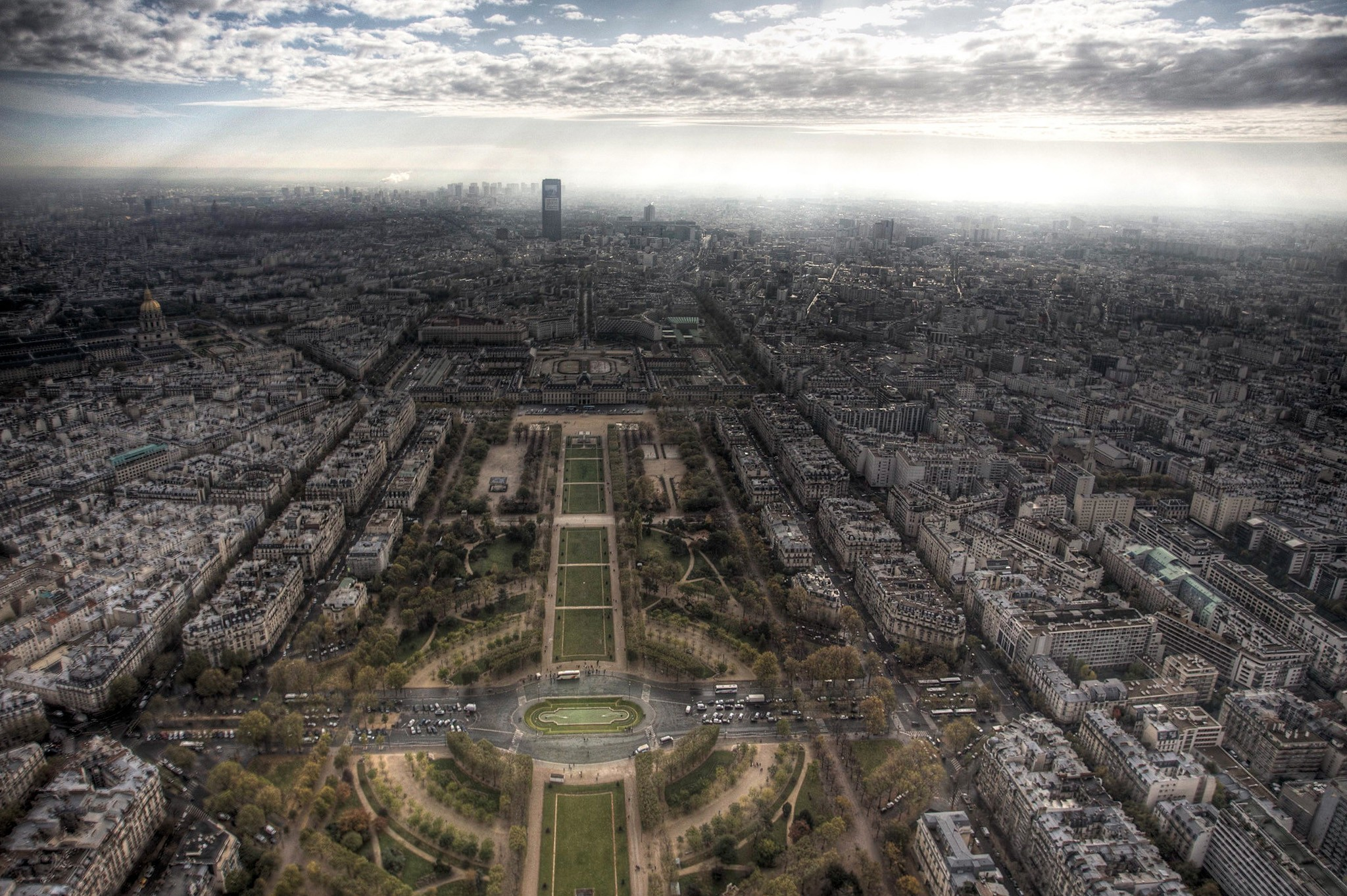 Paris Champ de Mars HD Wallpaper
