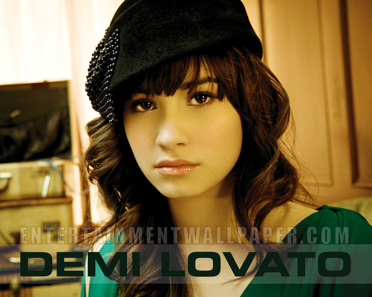 People demi lovato Celebrity HD Wallpaper