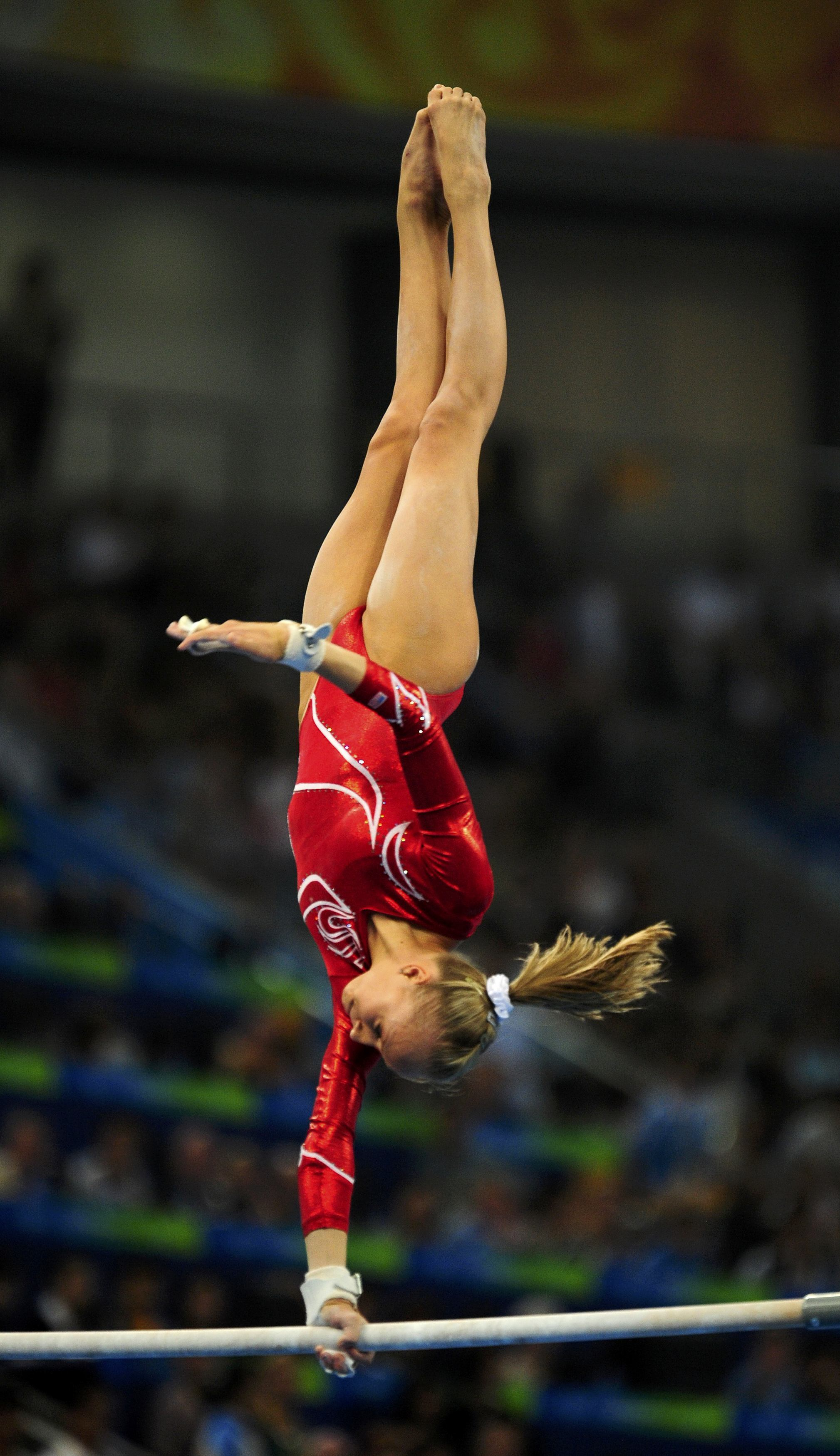 People shawn johnson Celebrity
