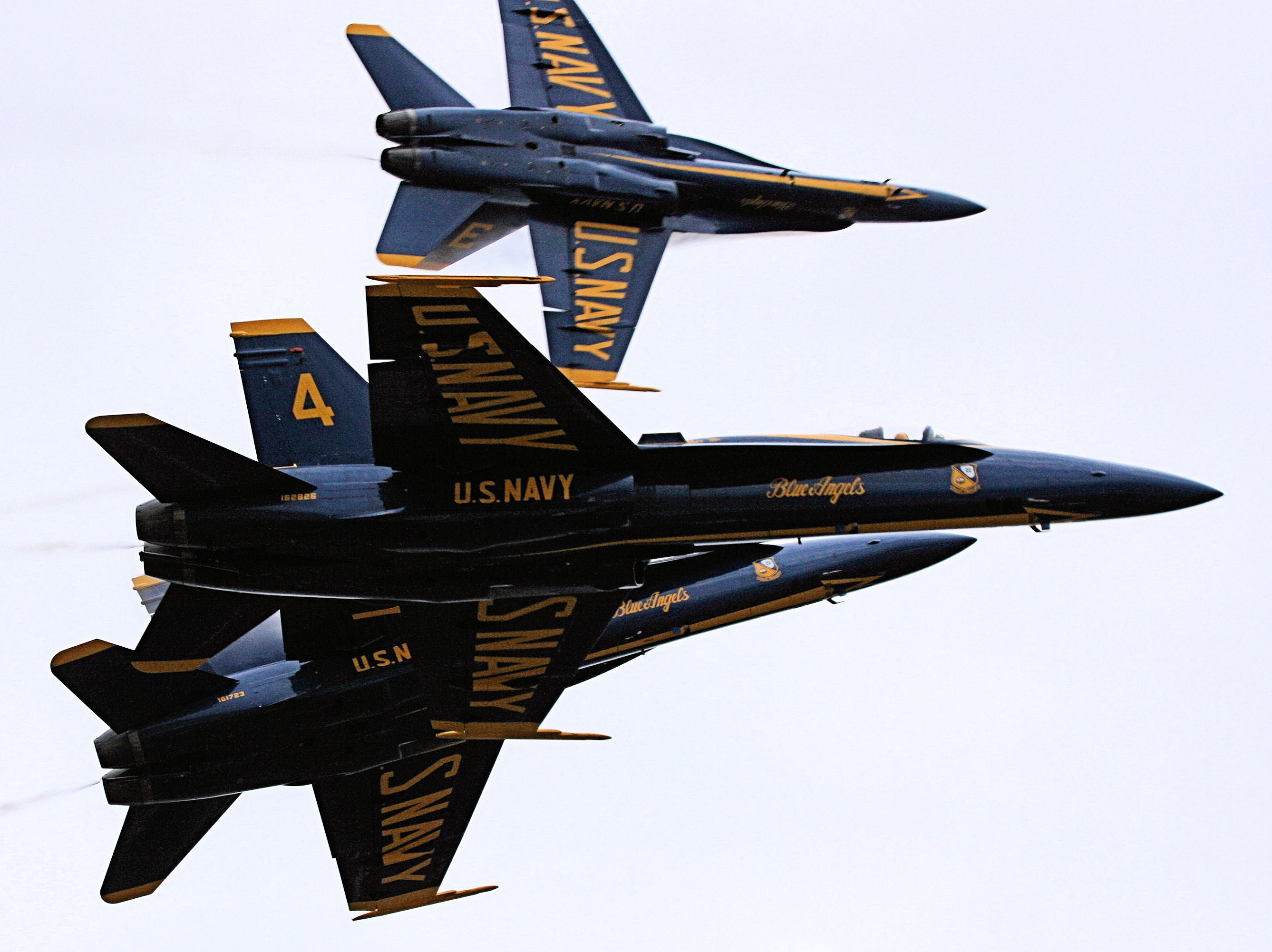 planes blue angels F-18