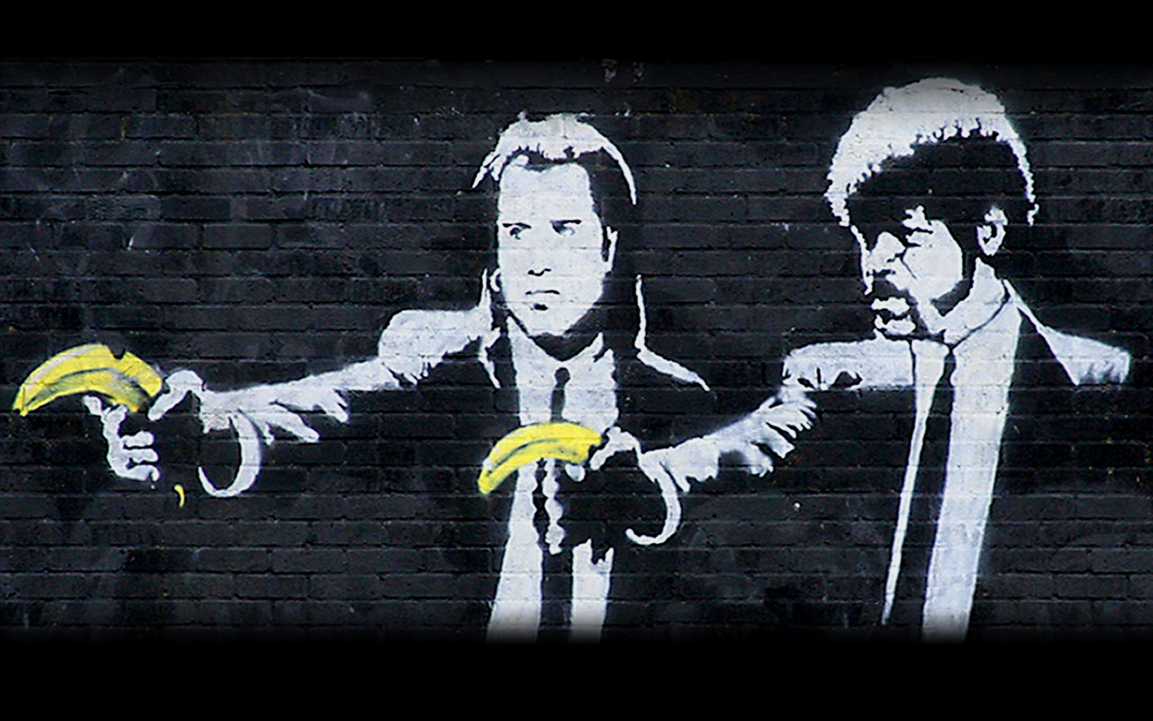 Pulp Fiction street art HD Wallpaper